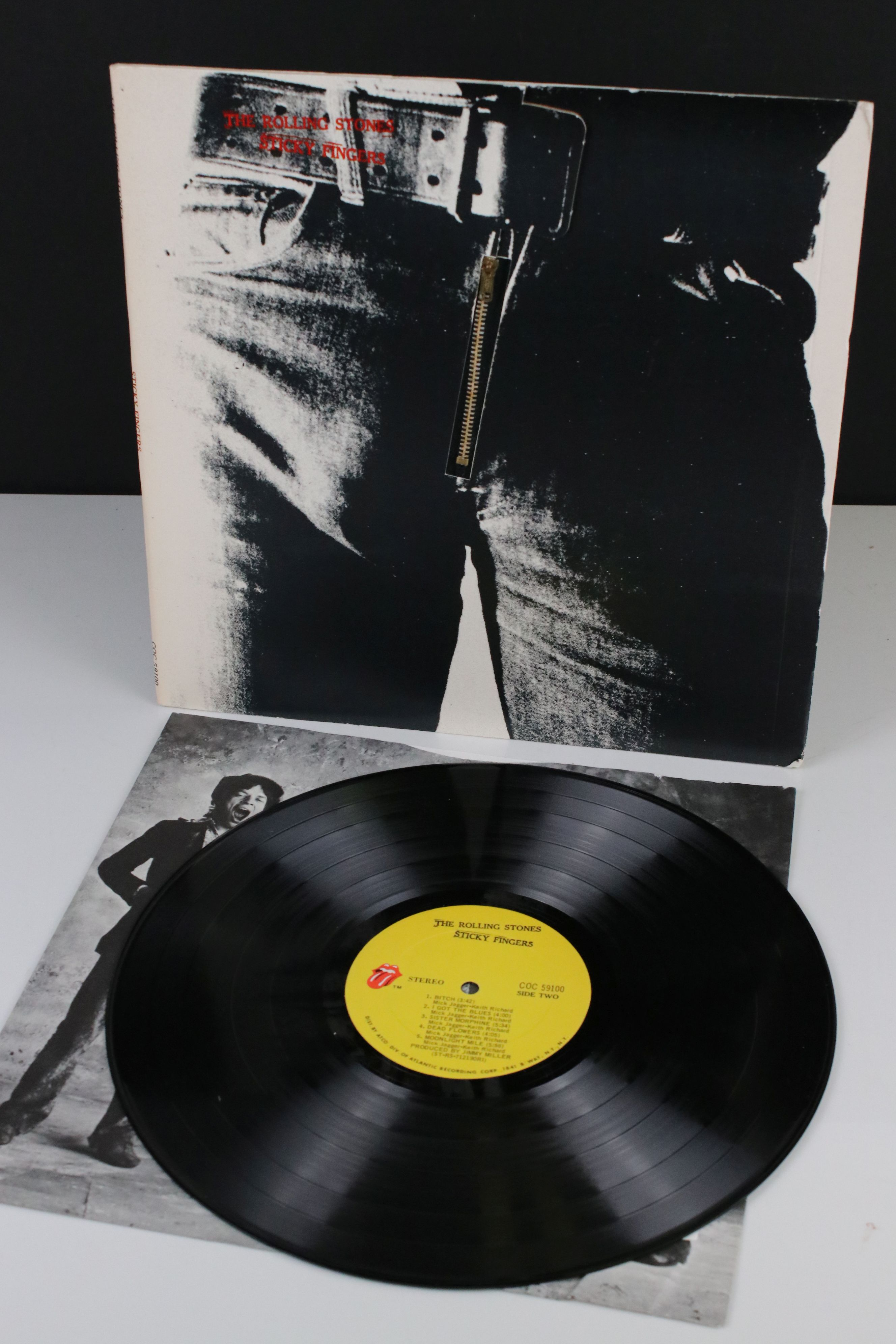 Vinyl - The Rolling Stones Sticky Fingers (COC 59100) Stereo, ATCO US pressing, inner sleeve has