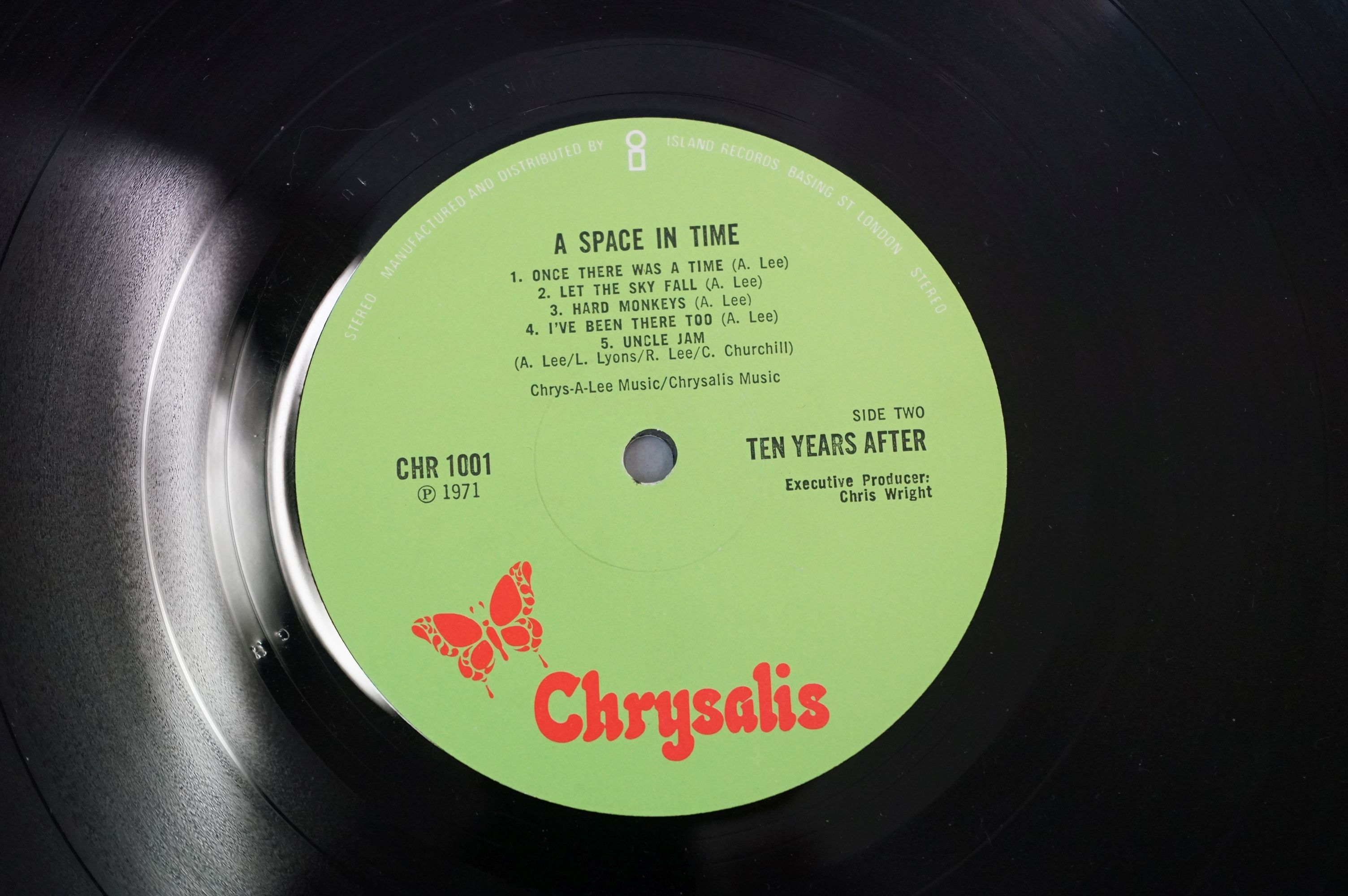 Vinyl - Ten Years After A Space In Time (CHR 1001) Green label with manufactured and distributed - Image 4 of 4
