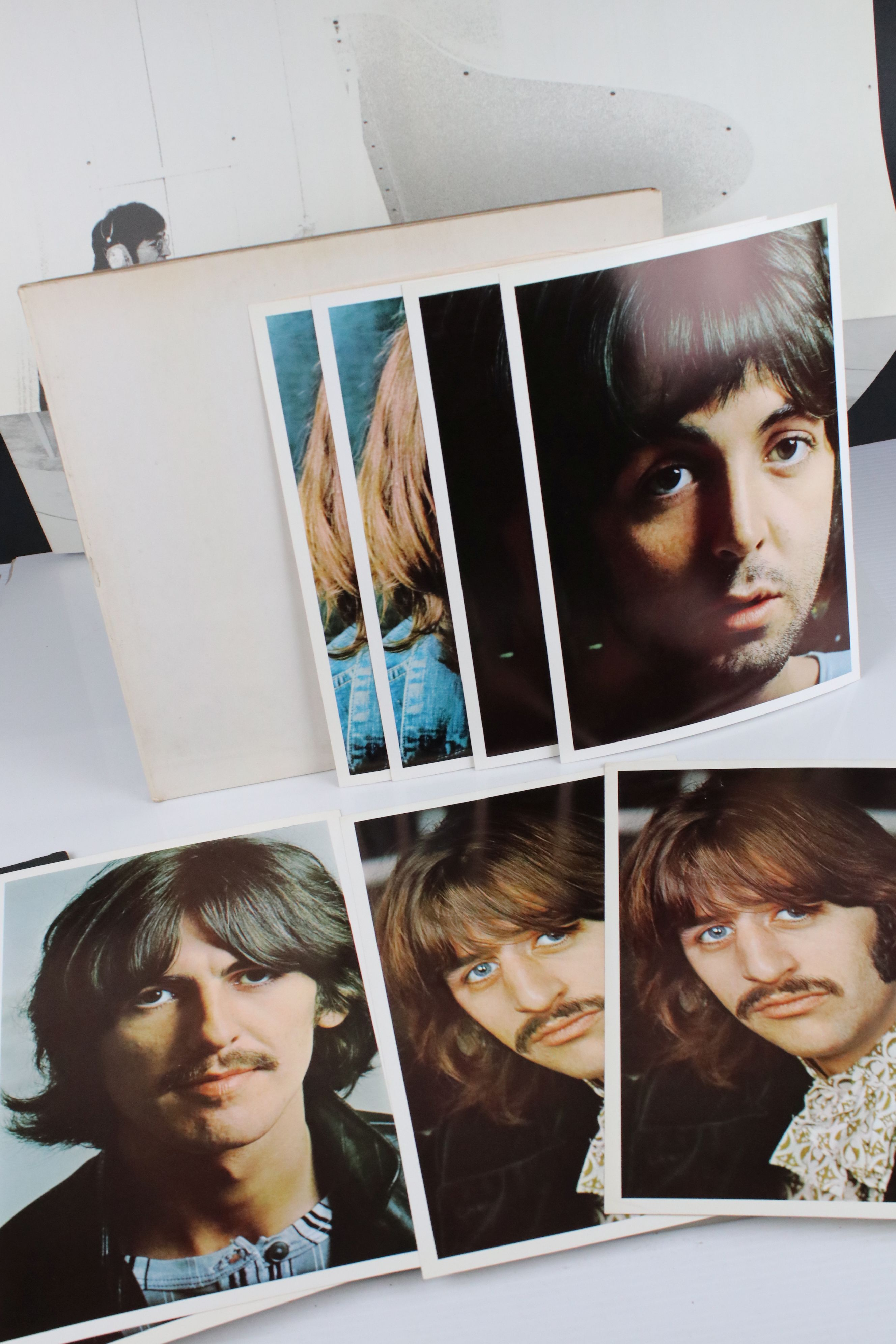 Vinyl - The Beatles White Album LP mono PMC7067-8, numbered 0001376 with 8 x coloured prints and - Image 6 of 10