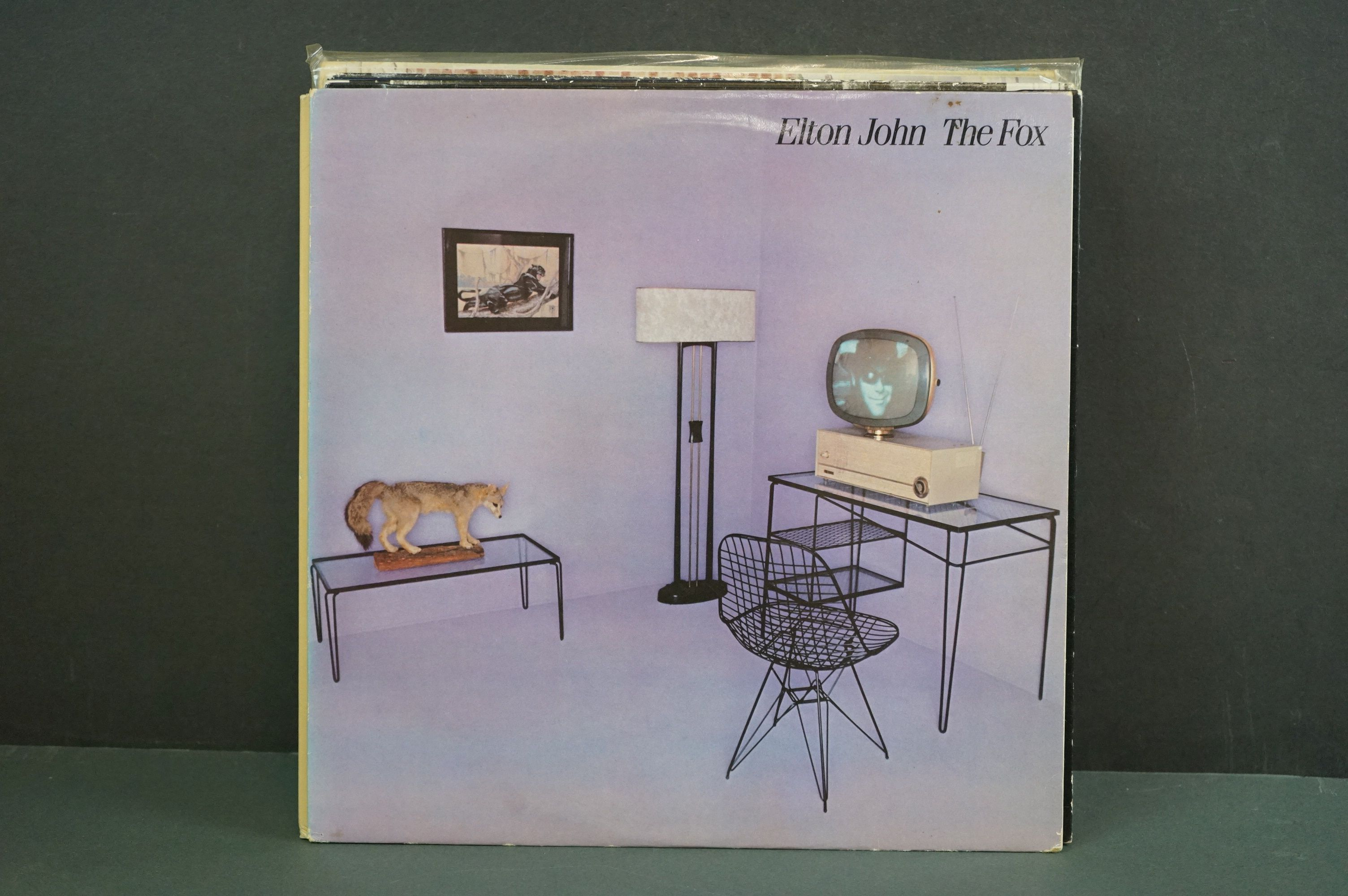 Vinyl - 16 Elton John LPs to include A Single Man, Blue Moves, Greatest Hits, Goodbye Yellow Brick - Image 3 of 16