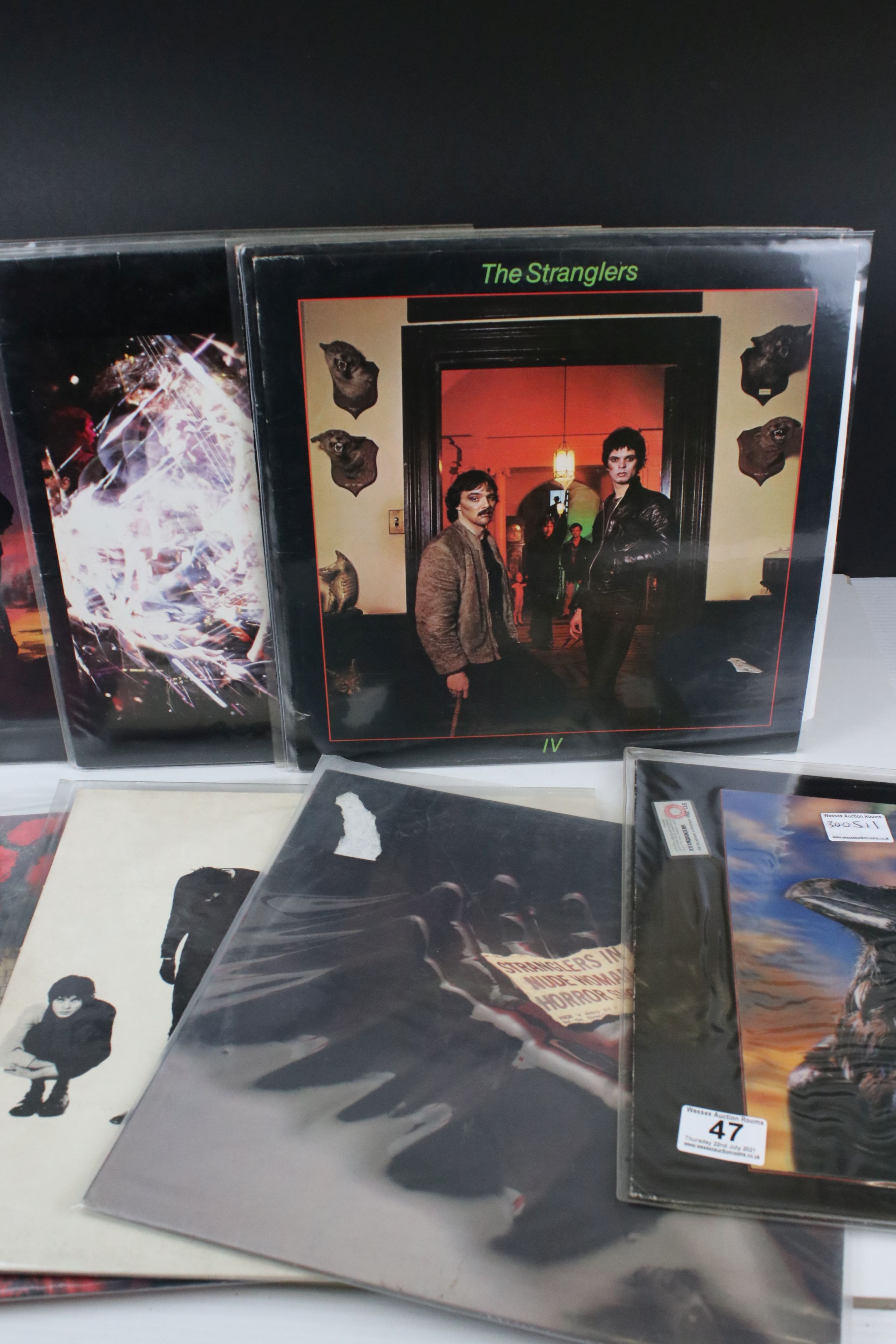 Vinyl - Punk collection of 17 Stranglers LP's including rare Australian 3D cover of The Raven (VG+/ - Image 3 of 5