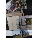 Vinyl - Around 30 Rock LPs to include Led Zeppelin, Jethro Tull, Syd Barrett, Caravan, Pink Floyd,
