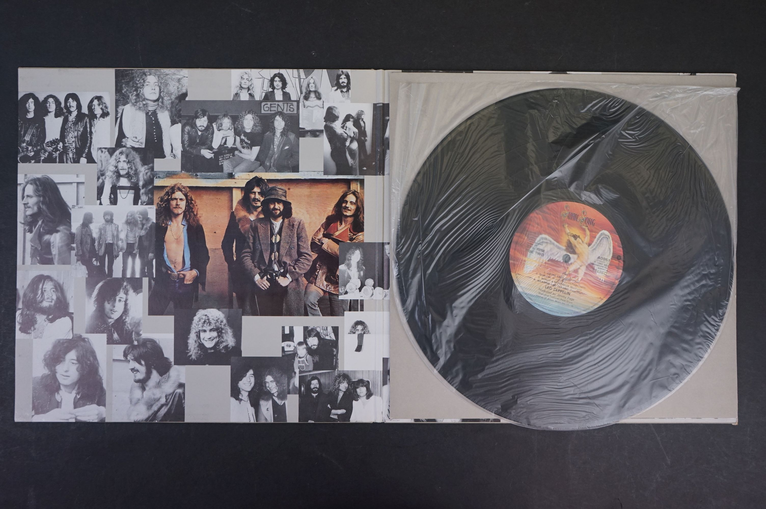 Vinyl - Six Led Zeppelin LPs to include In Through the Outdoor (cover D) SSK59410, Coda 790051, 2 - Image 7 of 17