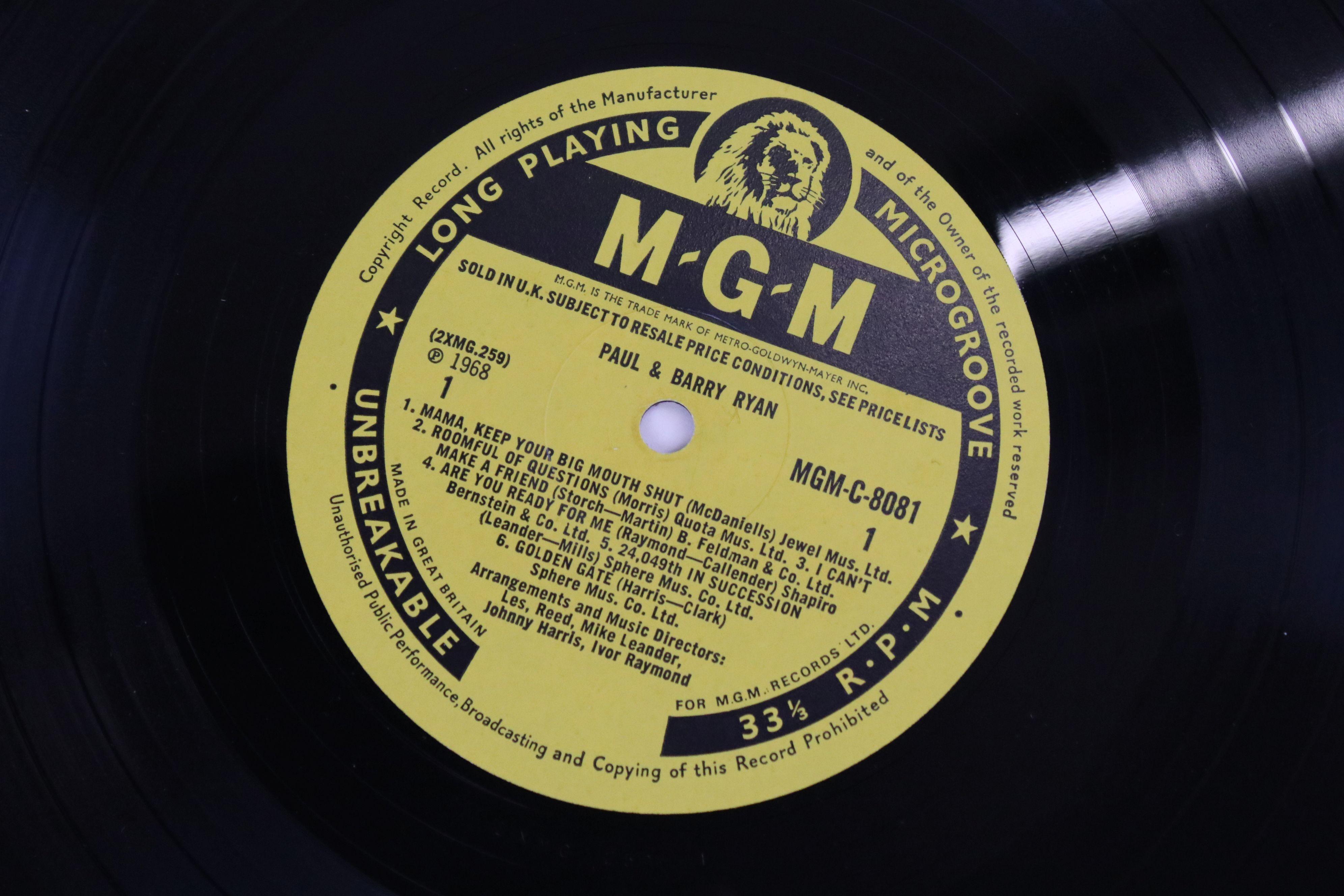 Vinyl - MOD/BEAT Paul & Barry Ryan self titled LP on MGM C 8081, mono non laminated, flip back - Image 5 of 5