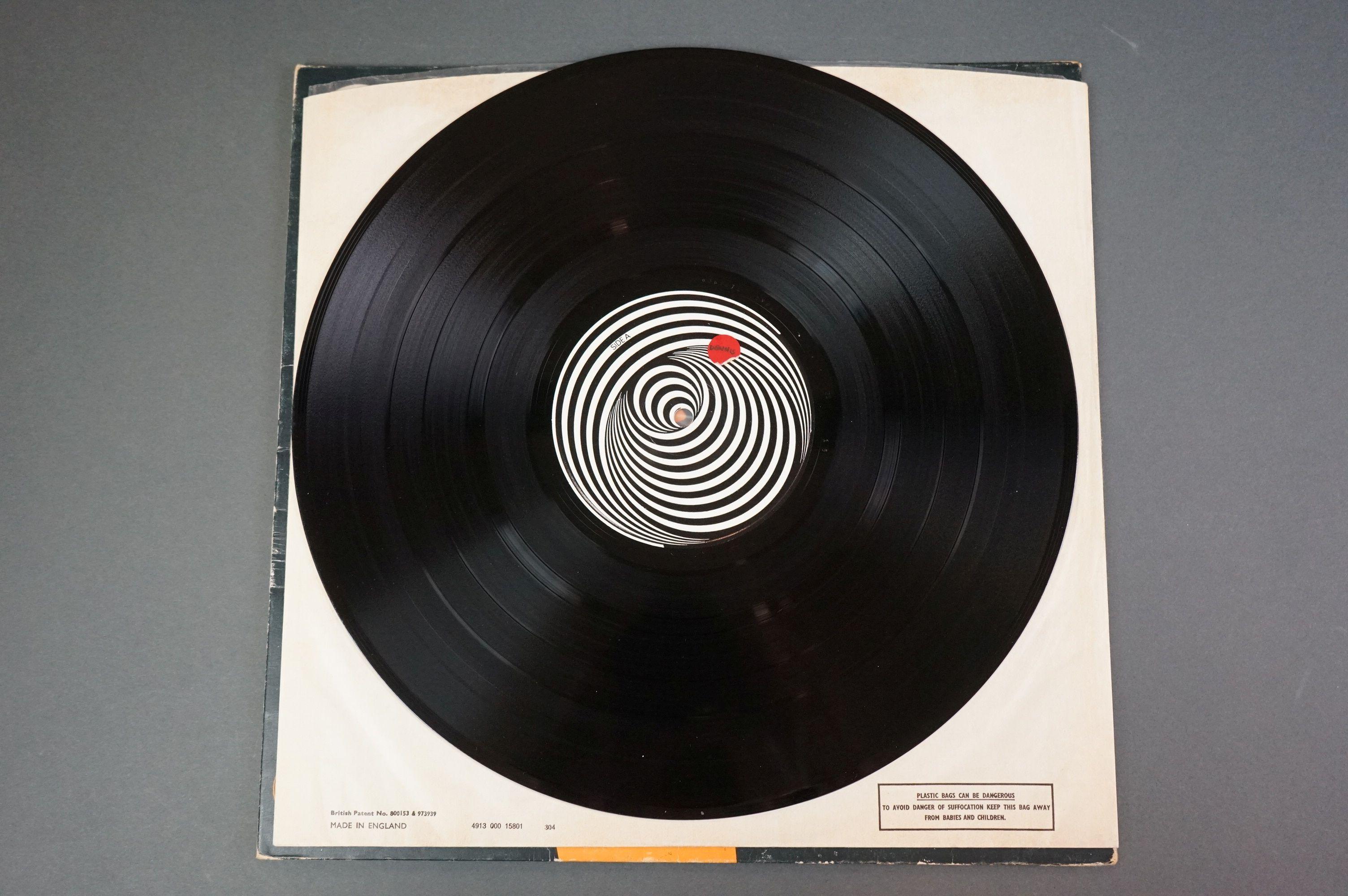 Vinyl - Black Sabbath vol 4 6360071 on Vertigo 1st pressing, no 'made in England' to label, gatefold - Image 4 of 6