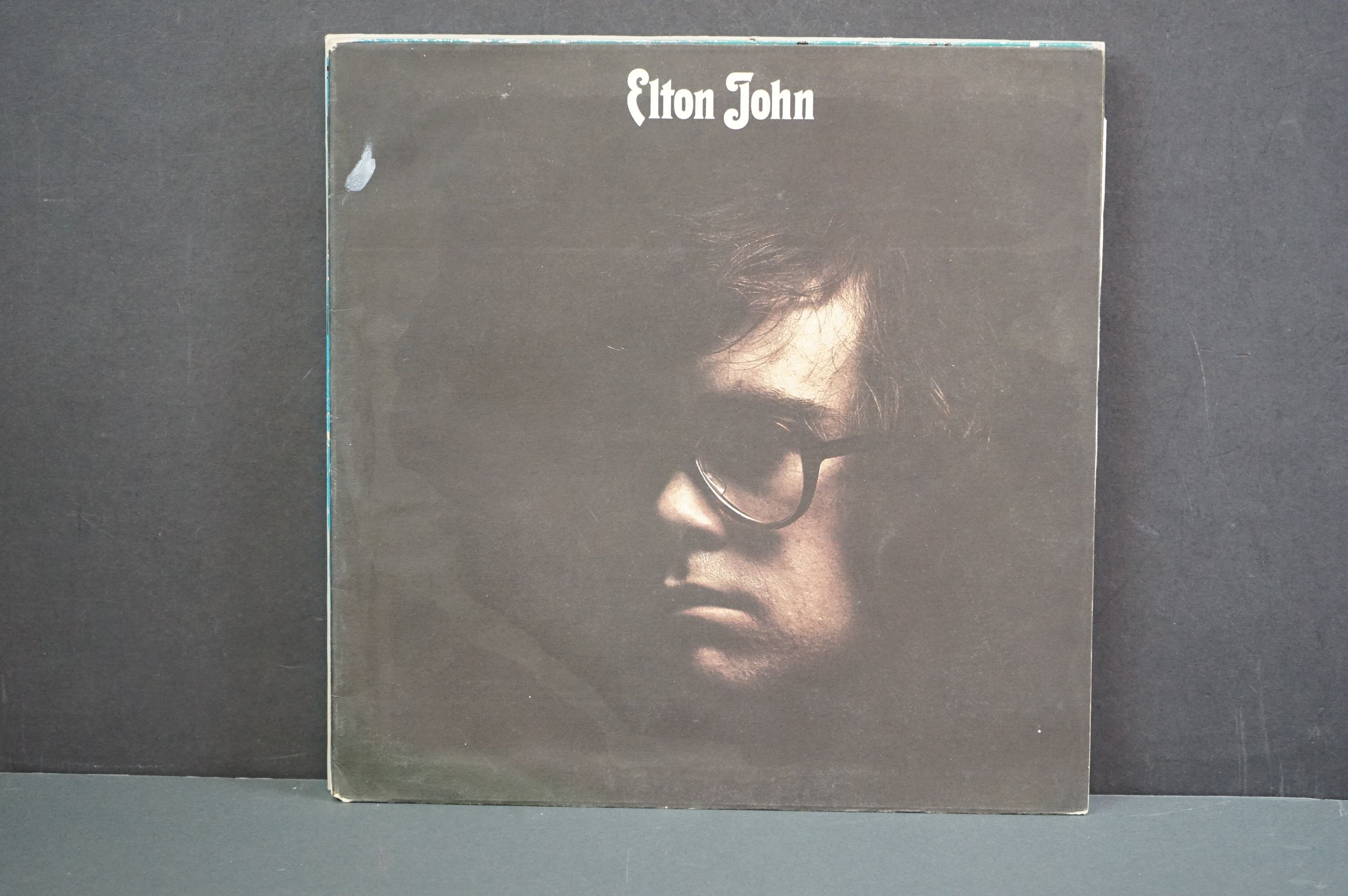 Vinyl - 16 Elton John LPs to include A Single Man, Blue Moves, Greatest Hits, Goodbye Yellow Brick - Image 13 of 16