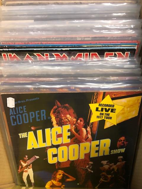 Vinyl - Approx 65 Rock & Metal LP's featuring KISS, Queen, Black Widow, Iron Maiden, AC/DC and more - Image 8 of 27