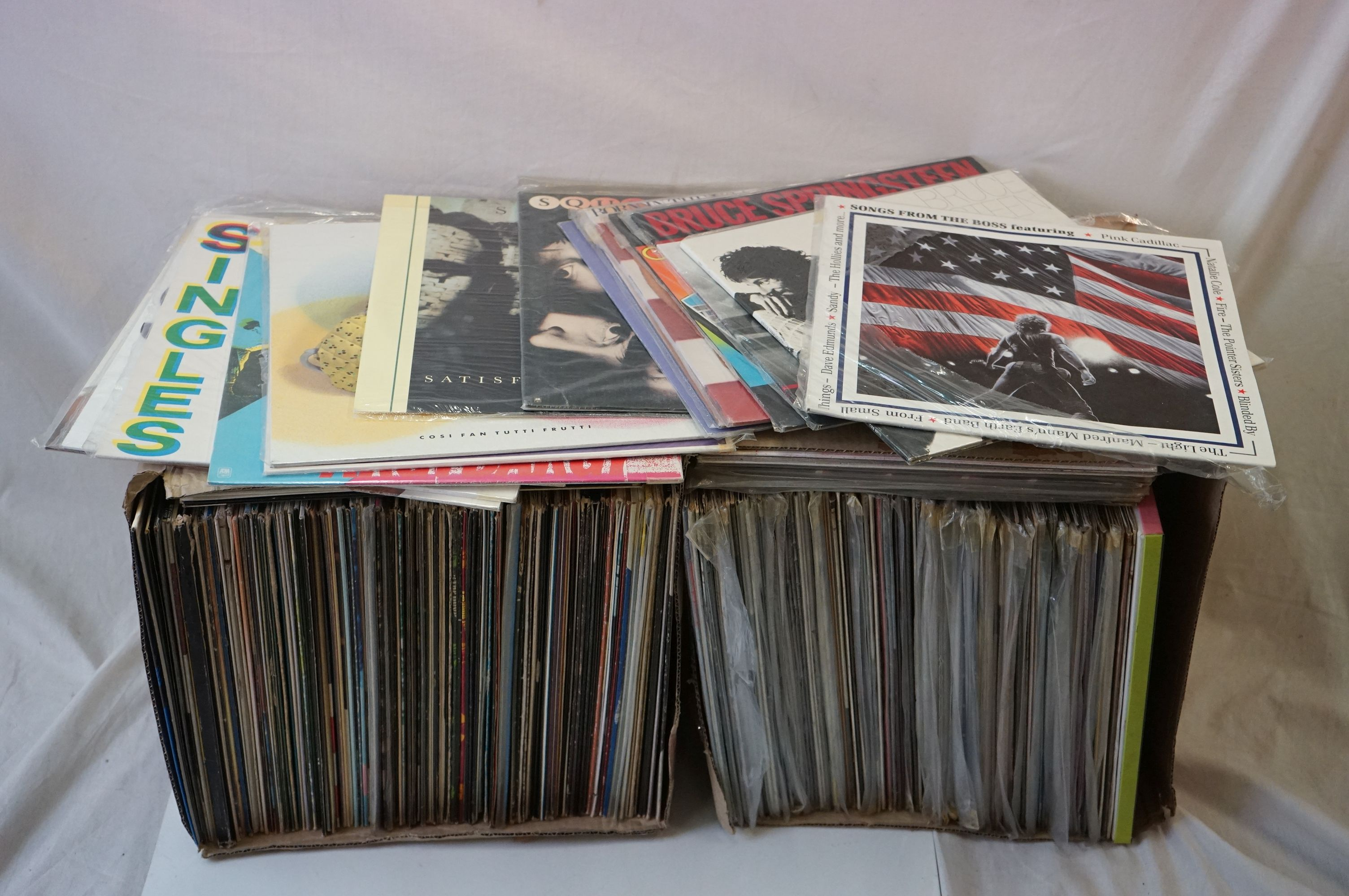 Vinyl - 220 LPs to include Pop, Rock, Easy Listening etc, sleeves and vinyl vg+ (two boxes)
