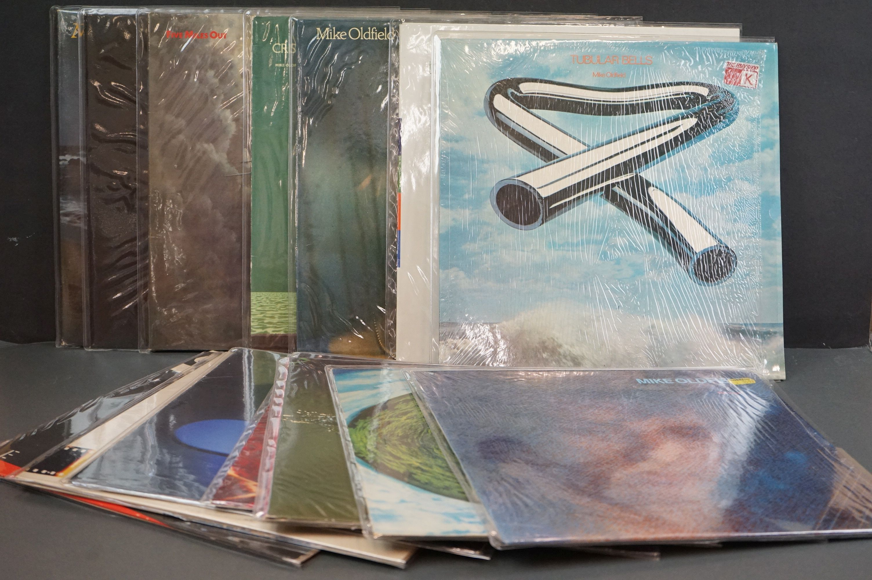 Vinyl - 14 Mike Oldfield LPs to include Tubular Bells, Five Miles Out, Best Of, Discovery etc,
