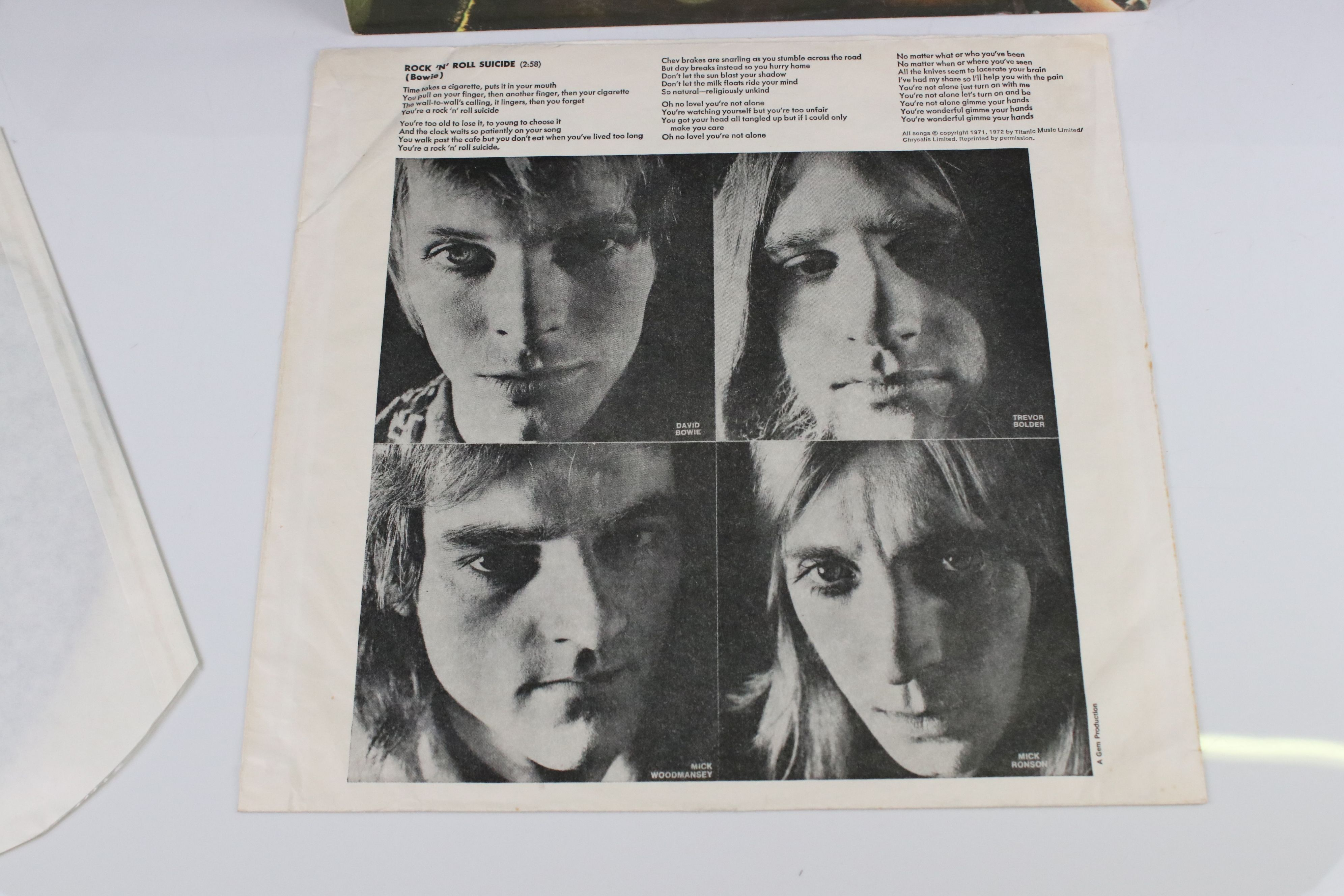 Vinyl - David Bowie The Rise and Fall of Ziggy Stardust LP on RCA8287, shiny orange RCA label, - Image 4 of 7