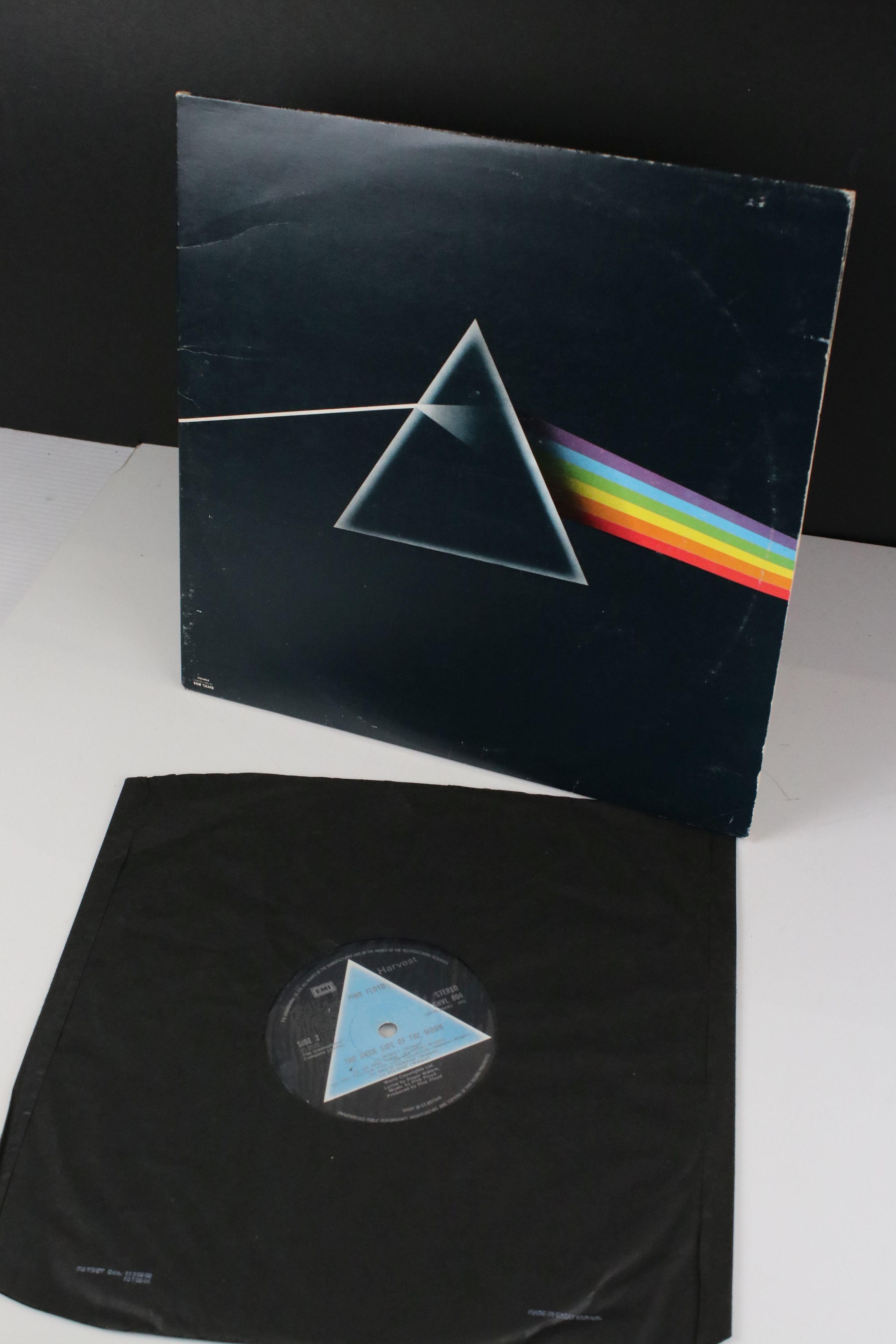 Vinyl - Pink Floyd Dark Side of The Moon LP on Harvest SHVL804 Stereo, solid light blue triangle, no - Image 6 of 6