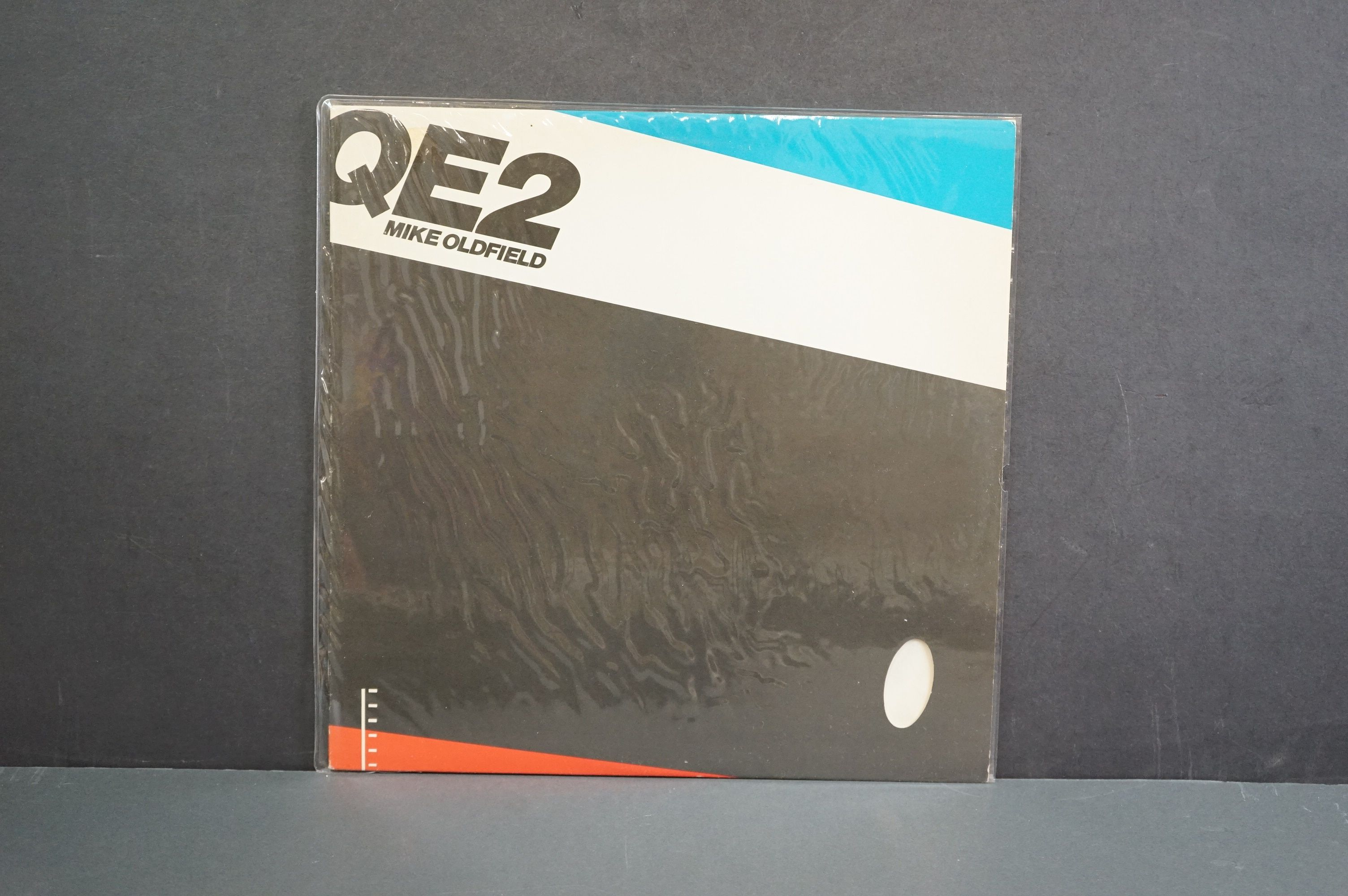 Vinyl - 14 Mike Oldfield LPs to include Tubular Bells, Five Miles Out, Best Of, Discovery etc, - Image 15 of 15