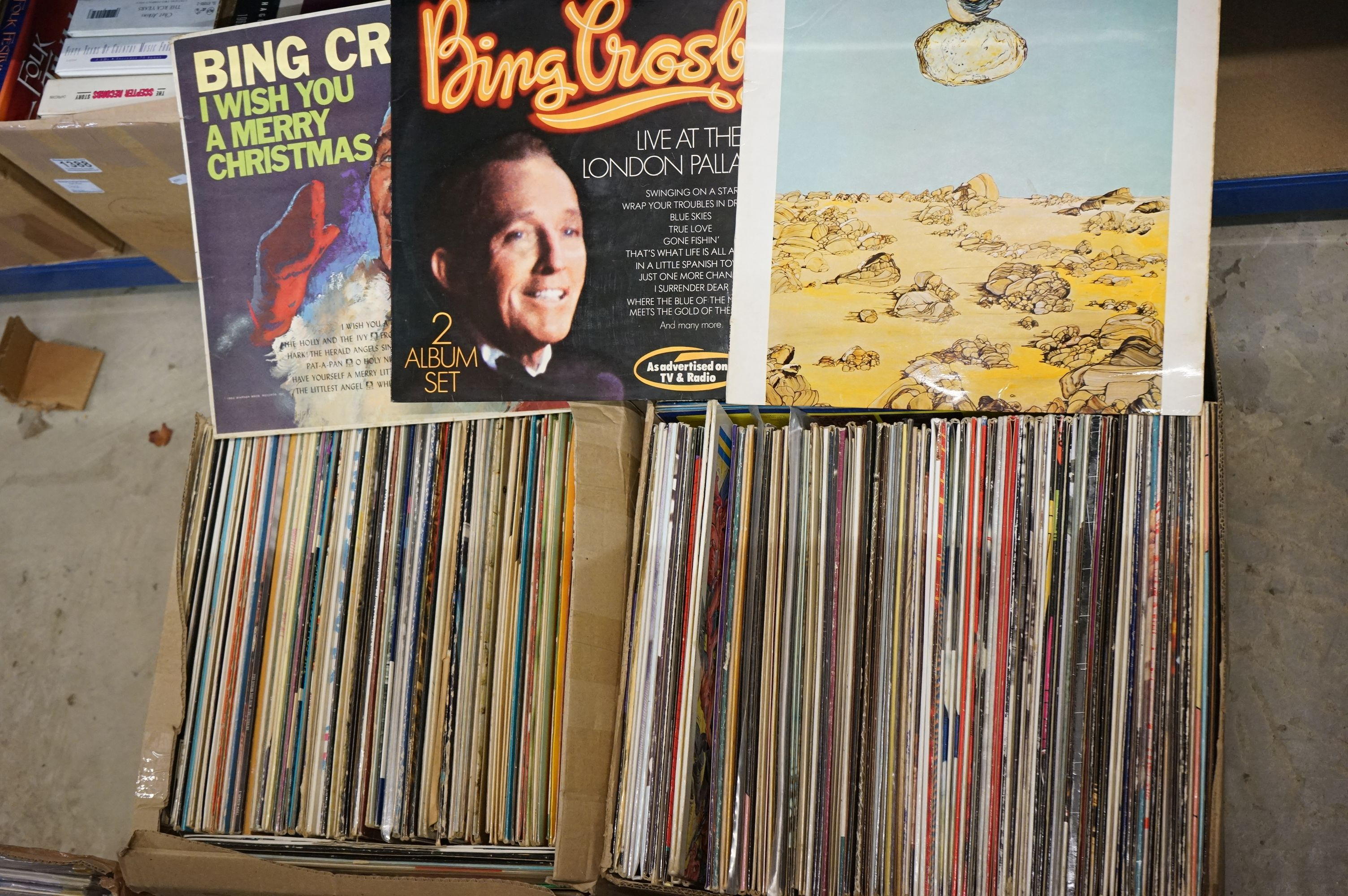 Vinyl - Around 220 LPs to include many Country artists, Elvis Costello, Compilations etc, sleeves