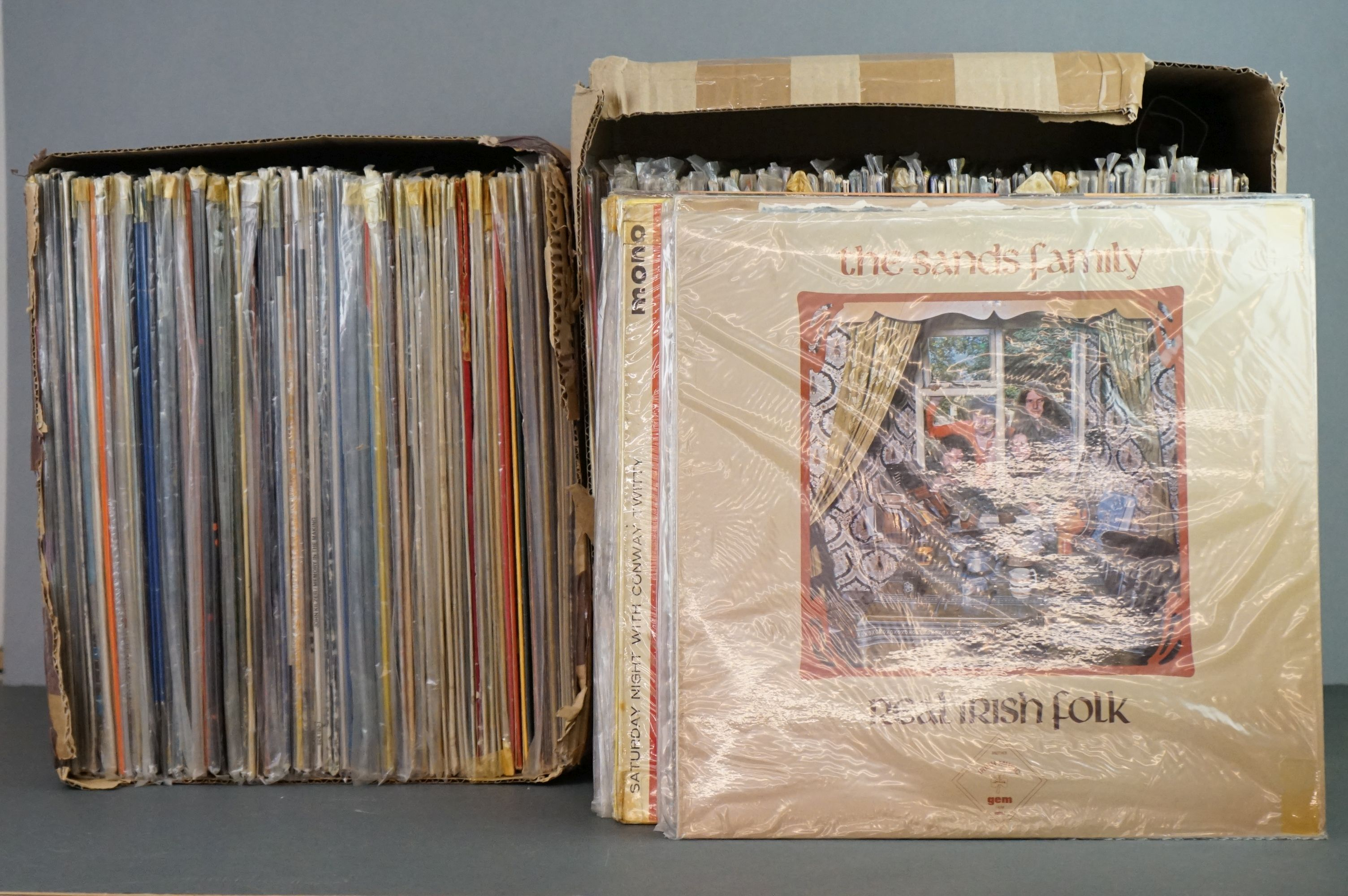 Vinyl - Around 200 LPs to include Country, Pop, Easy Listening etc, sleeves and vinyl vg+ (two