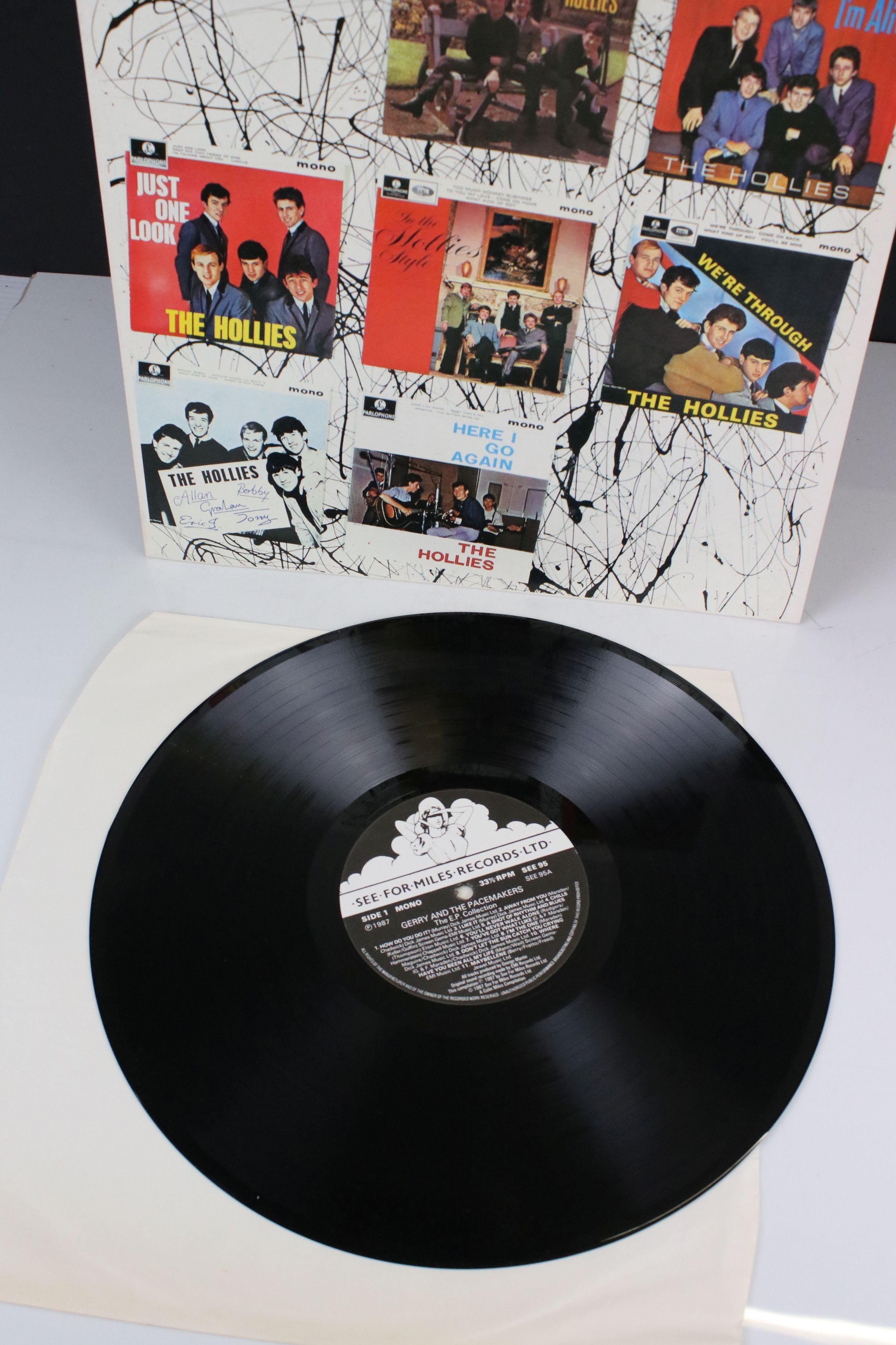 Vinyl - Three LPs on See For Miles Records to include The Hollies EP Collection SEE94, Gerry and the - Image 4 of 5