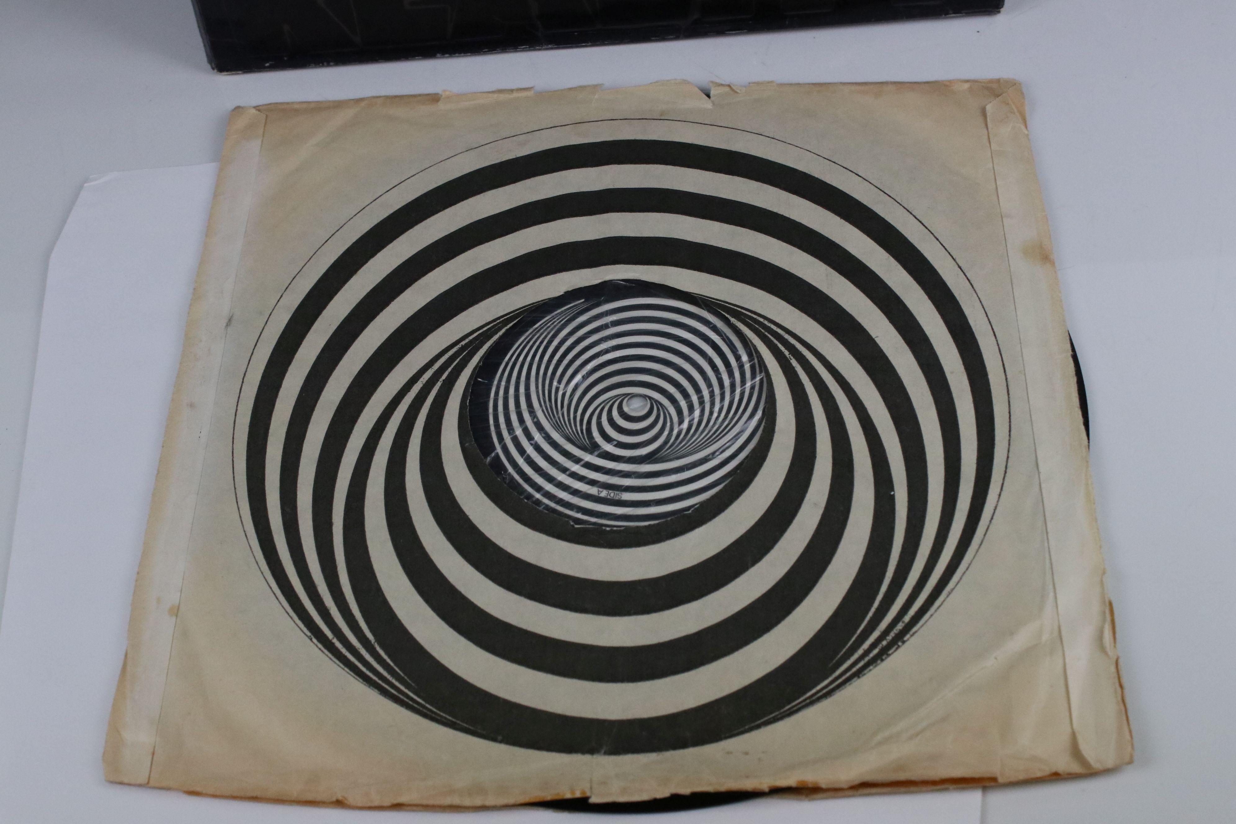 Vinyl - Black Sabbath Masters of Reality LP on Vertigo 6360050, box cover, no poster, Vertigo - Image 5 of 6