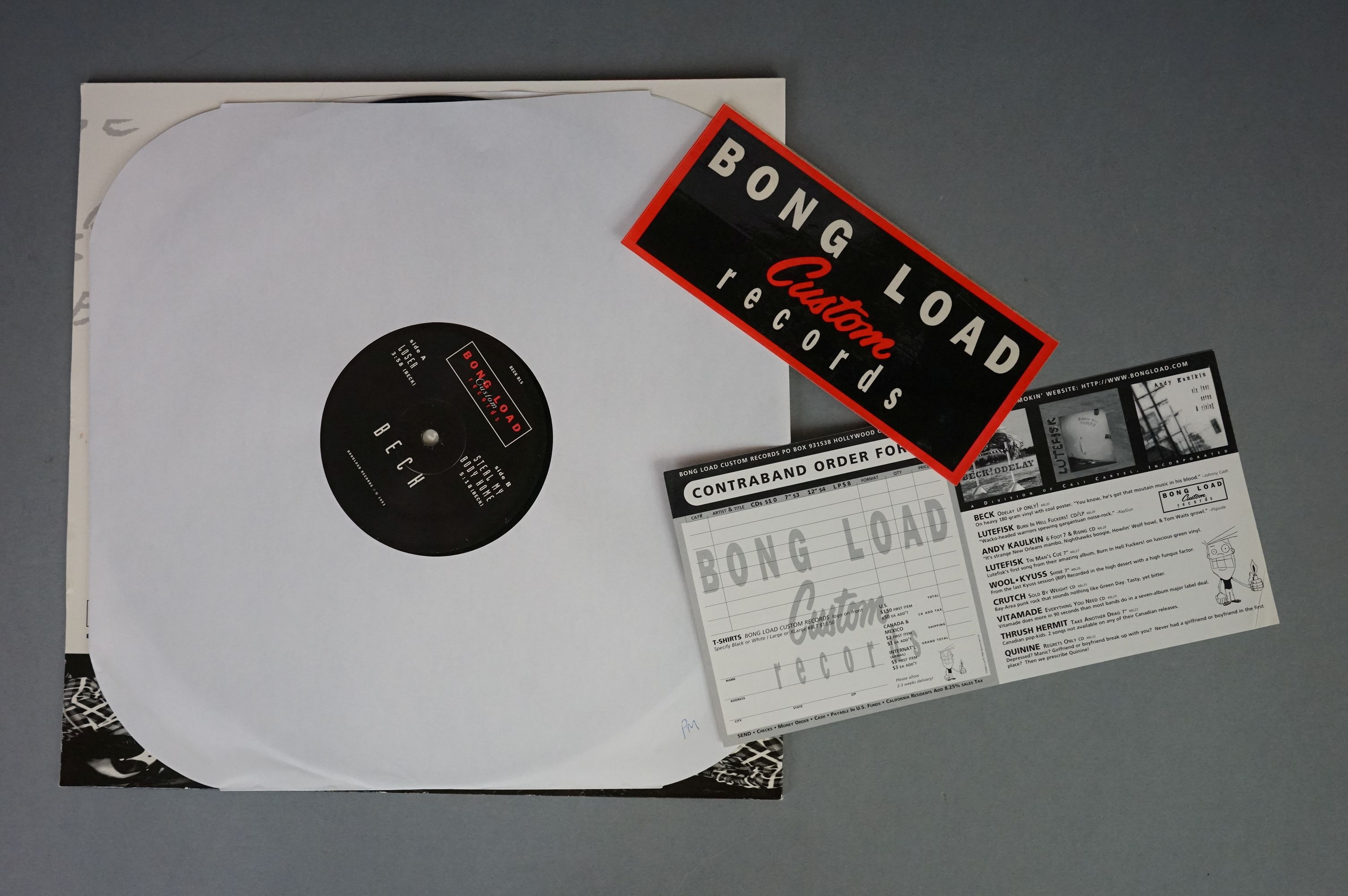 """Vinyl - Beck - Two 12"""" singles to include Loser BL5 and Where It's At, both vg+ with vendor initials - Image 4 of 6"""