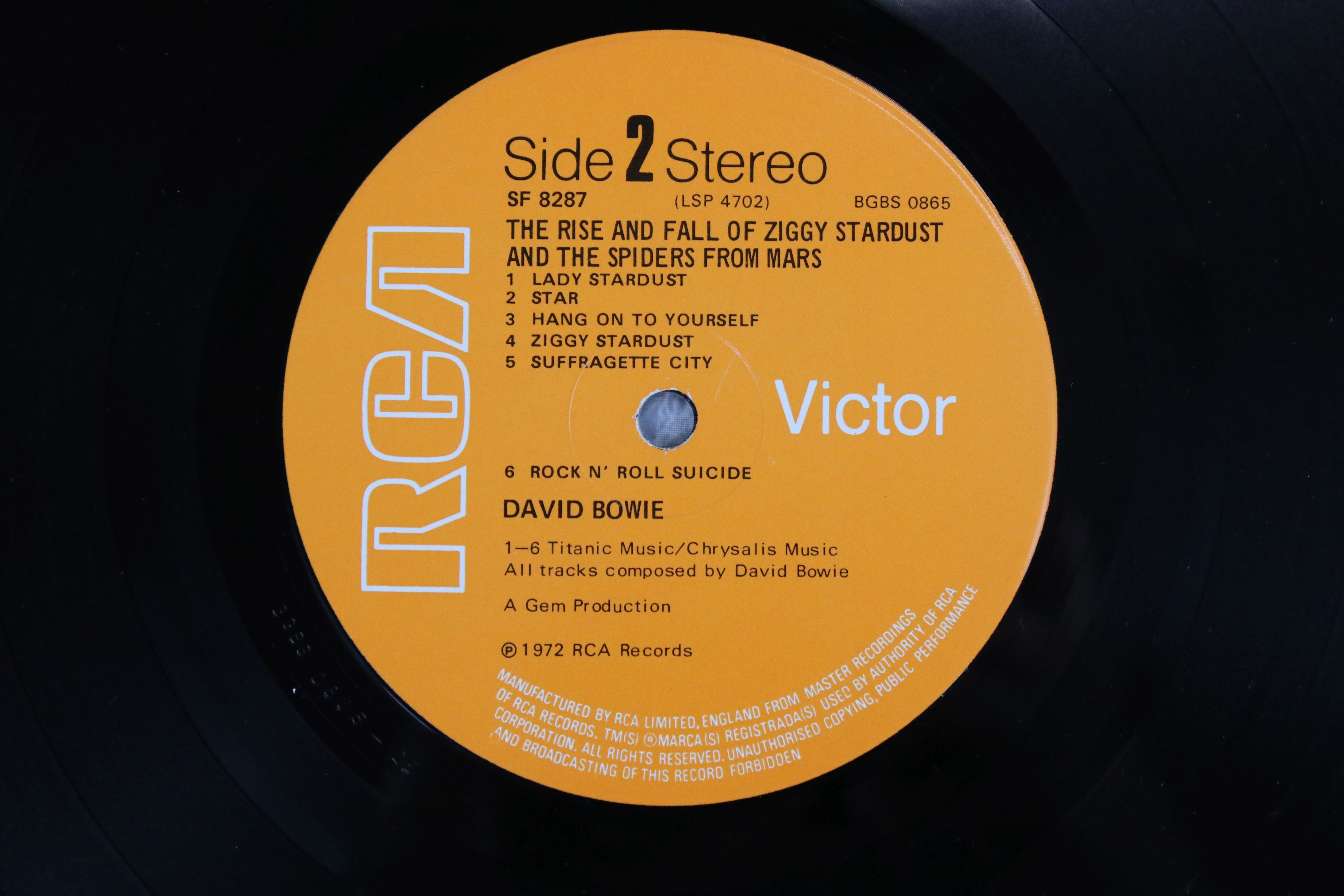Vinyl - David Bowie The Rise and Fall of Ziggy Stardust LP on RCA8287, shiny orange RCA label, - Image 3 of 7
