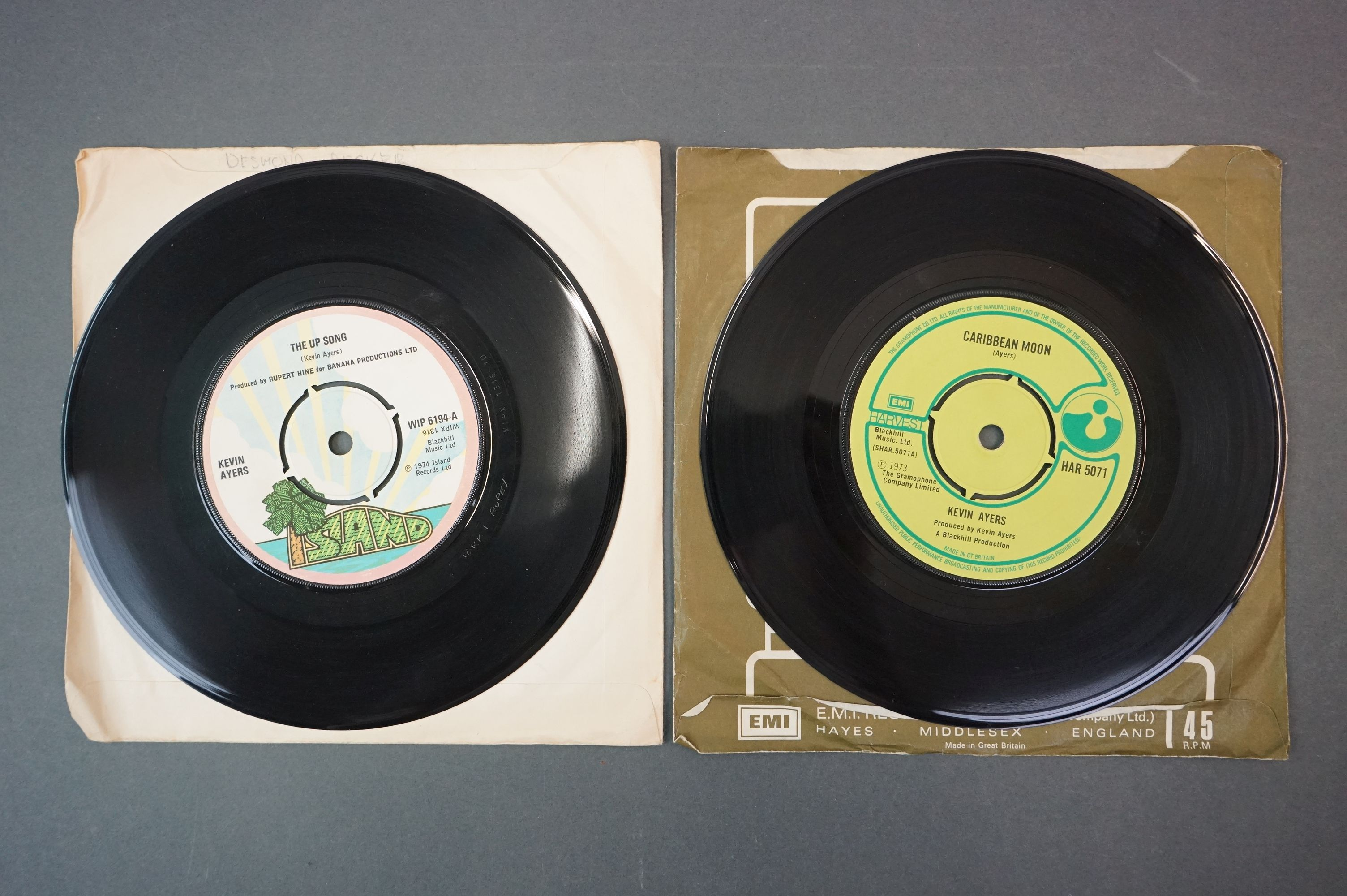 Vinyl - Kevin Ayers 1 LP The Confessions Of Dr Dream (ILPS 9263) lyric inner plus 7 inch singles - Image 4 of 5