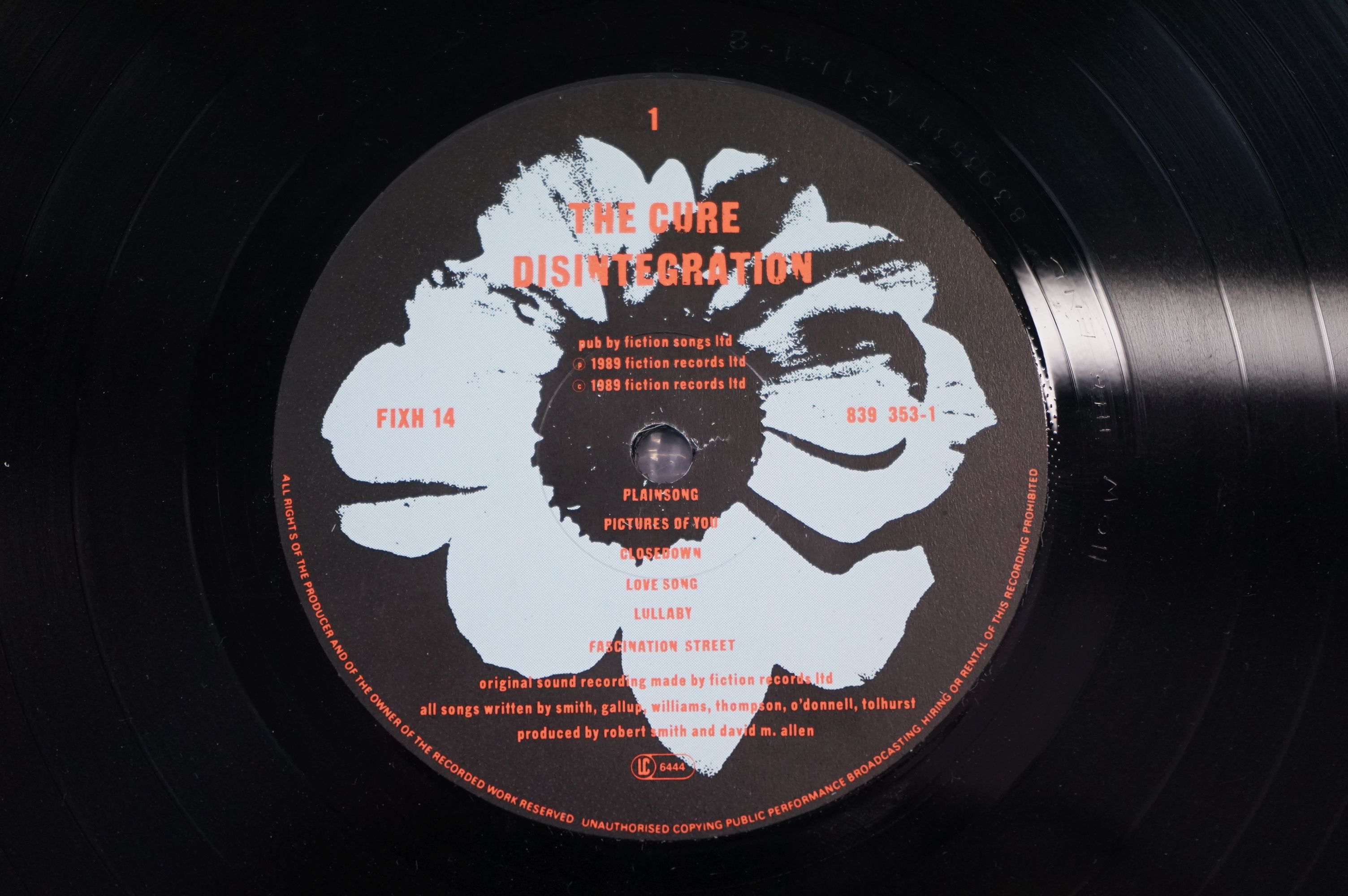 Vinyl - The Cure Disintegration LP on Fiction Records FIXH14 with inner, vg+ with light marks - Image 5 of 5