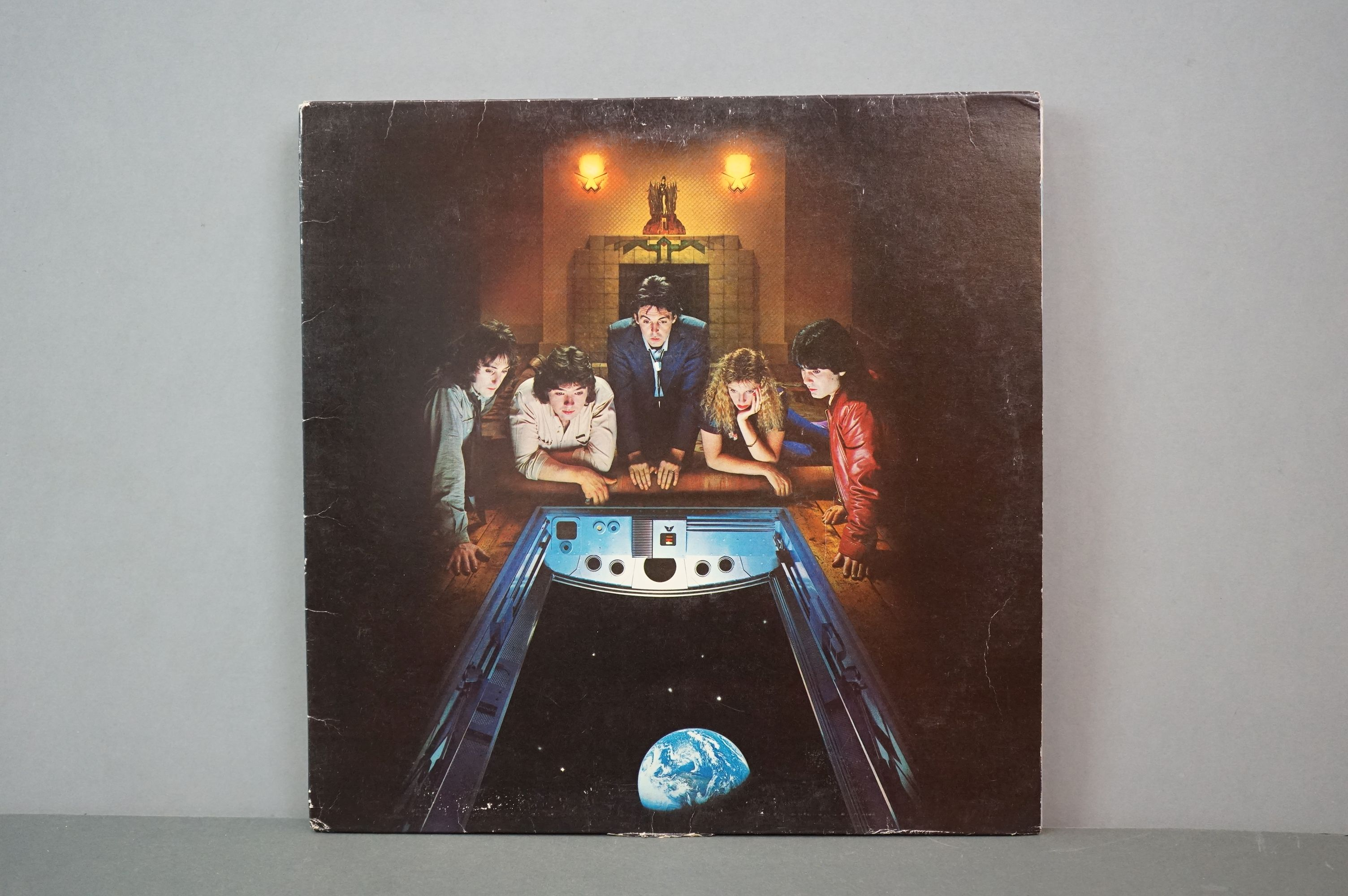 Vinyl - The Beatles and band members LPs to include 1962-1966 and 1967-1970 (black vinyl), Wings - Image 8 of 11