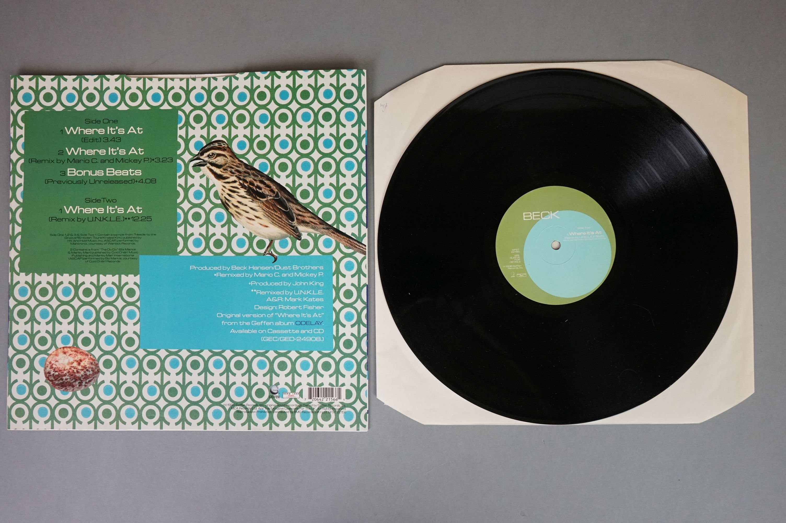 """Vinyl - Beck - Two 12"""" singles to include Loser BL5 and Where It's At, both vg+ with vendor initials - Image 6 of 6"""