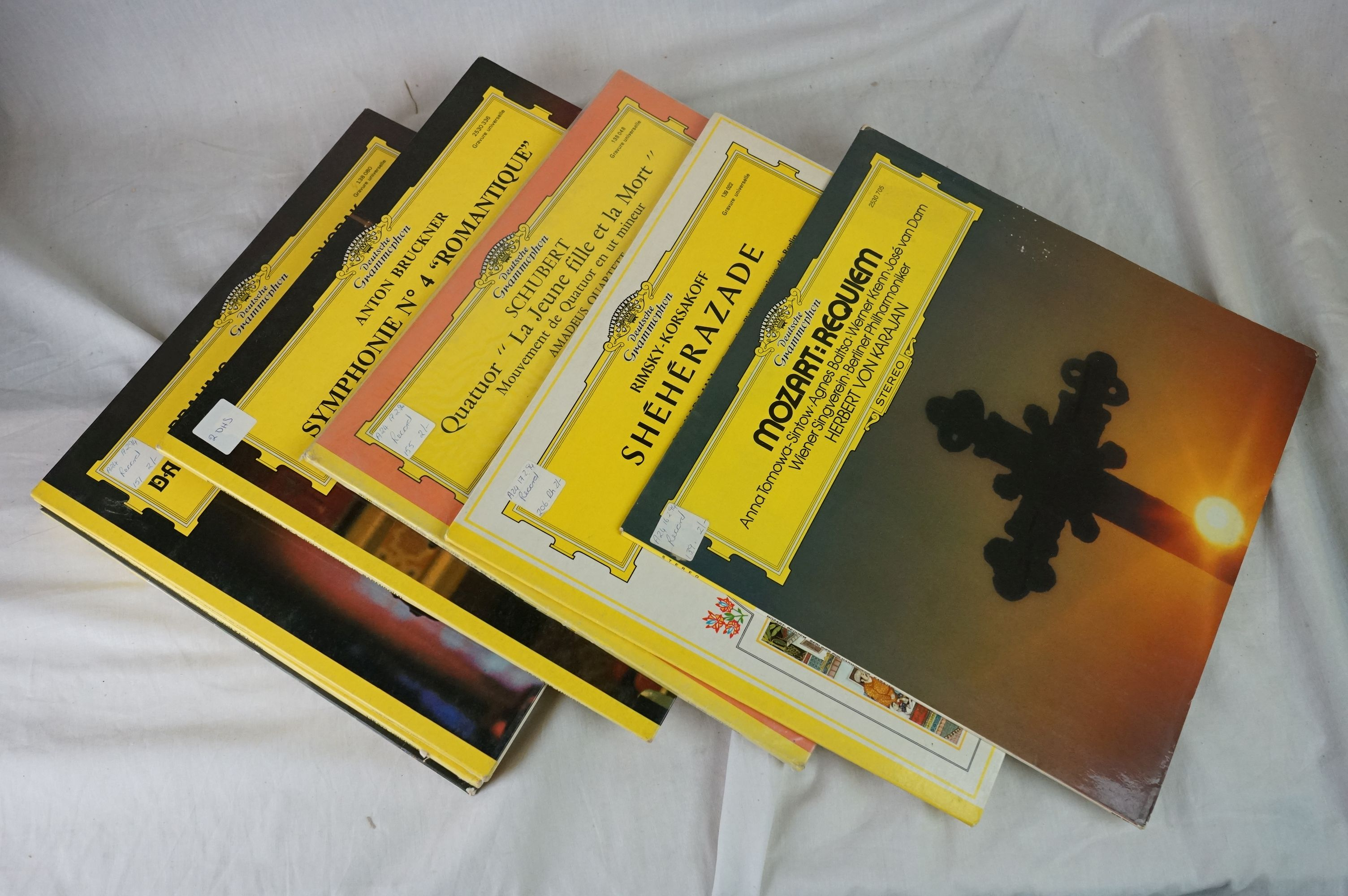 Vinyl - Classical approx 40 LP's to include several Deutsche Grammophon releases. Condition of - Image 2 of 5