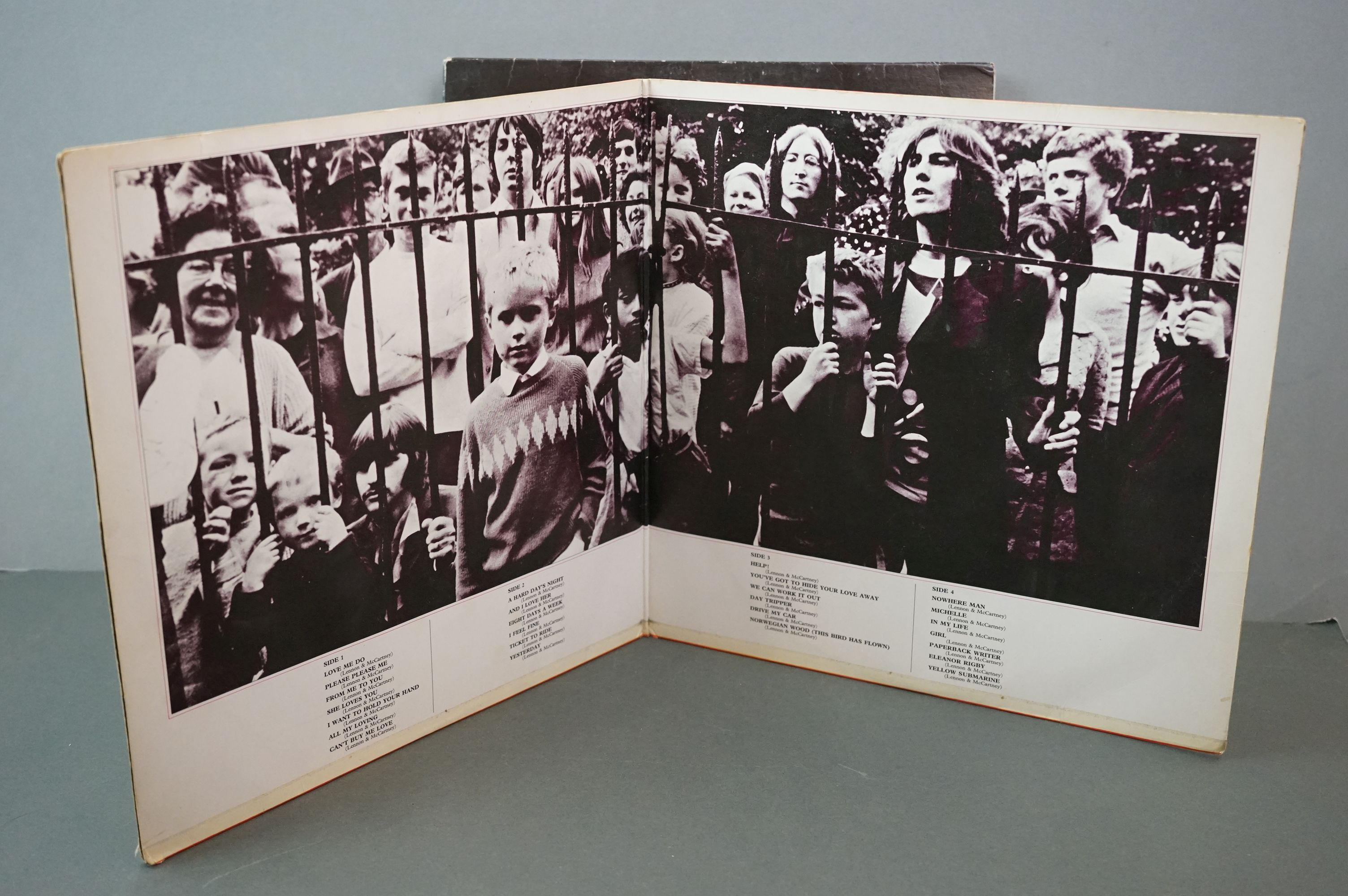 Vinyl - The Beatles and band members LPs to include 1962-1966 and 1967-1970 (black vinyl), Wings - Image 7 of 11