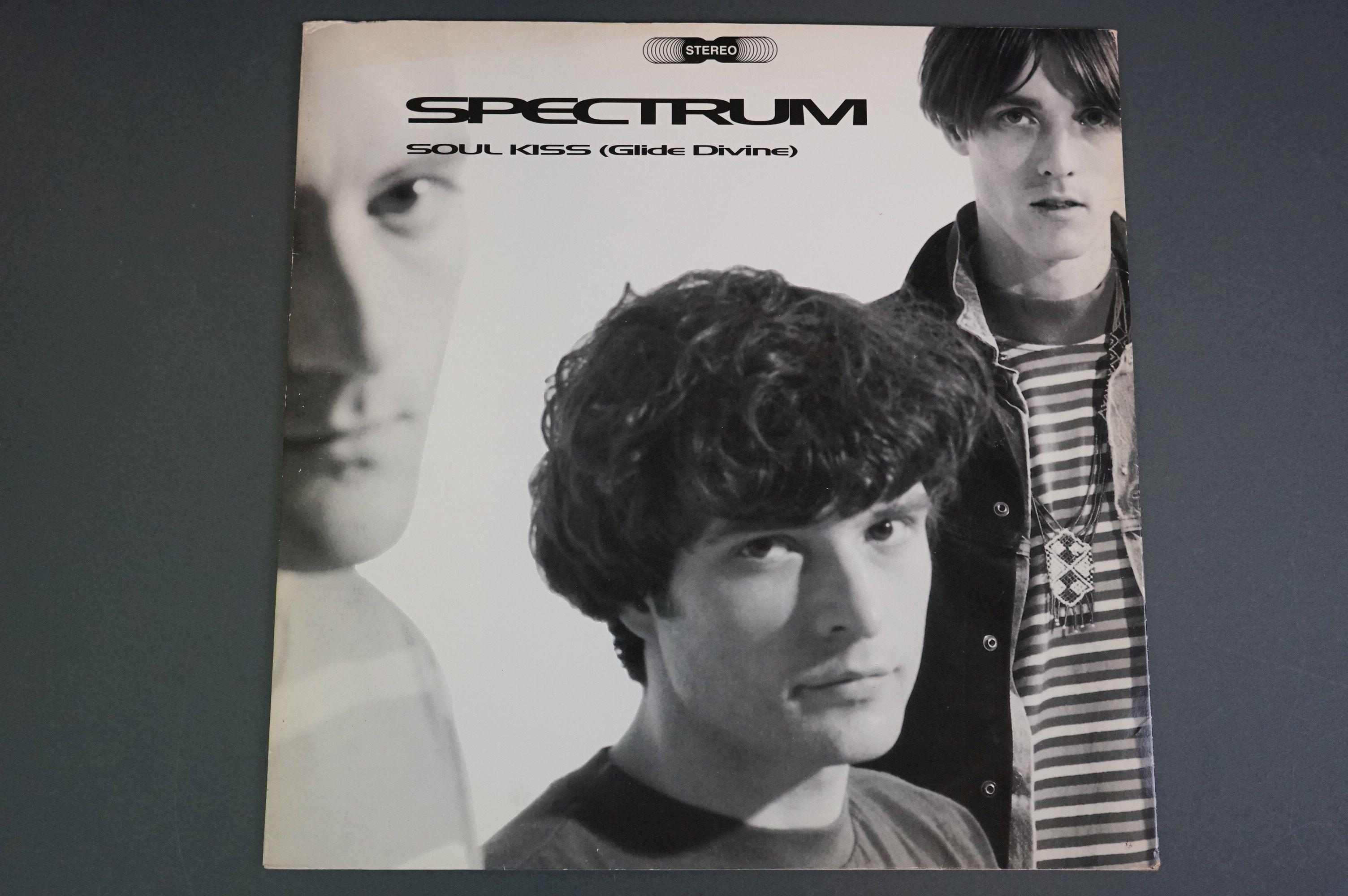 Vinyl - Spectrum Soul Kiss (Glide Devine) ORE LP 518 on Silvertone Records, original inner with