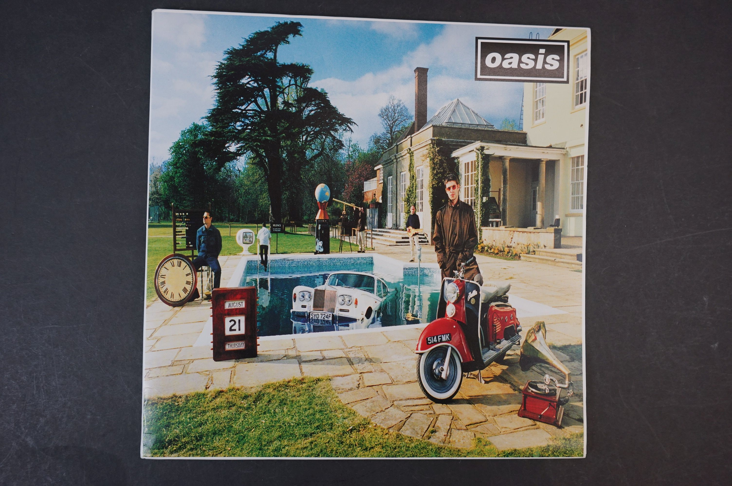 Vinyl - Oasis Be Here Now 2 LP on Creation CRELP219, sleeve ex, vinyl vg+ with a couple of marks - Image 9 of 10