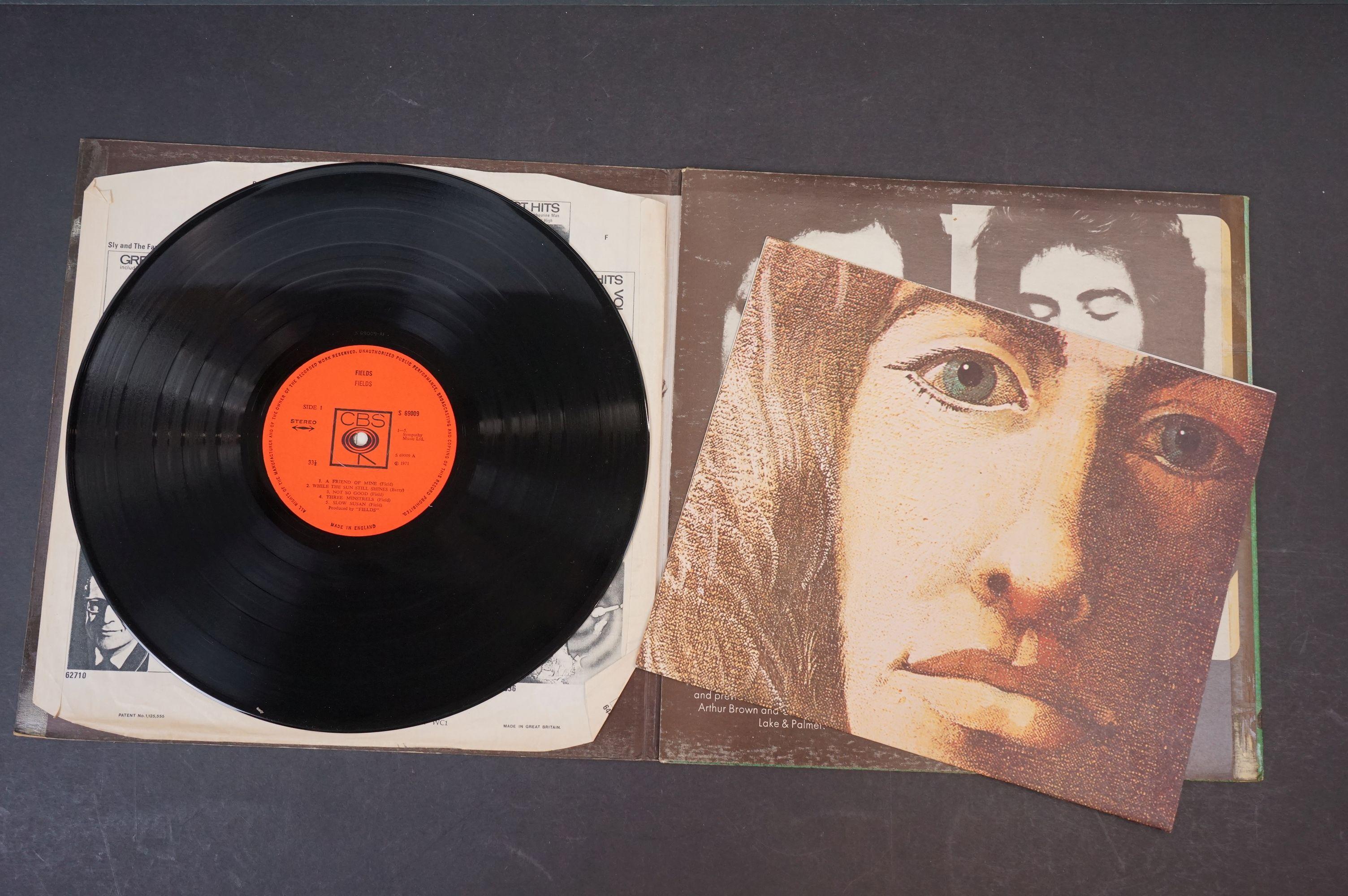 Vinyl - Prog Rock - Fields - Fields. UK 1st 1971 pressing with scarce poster, gatefold sleeve is - Image 4 of 6
