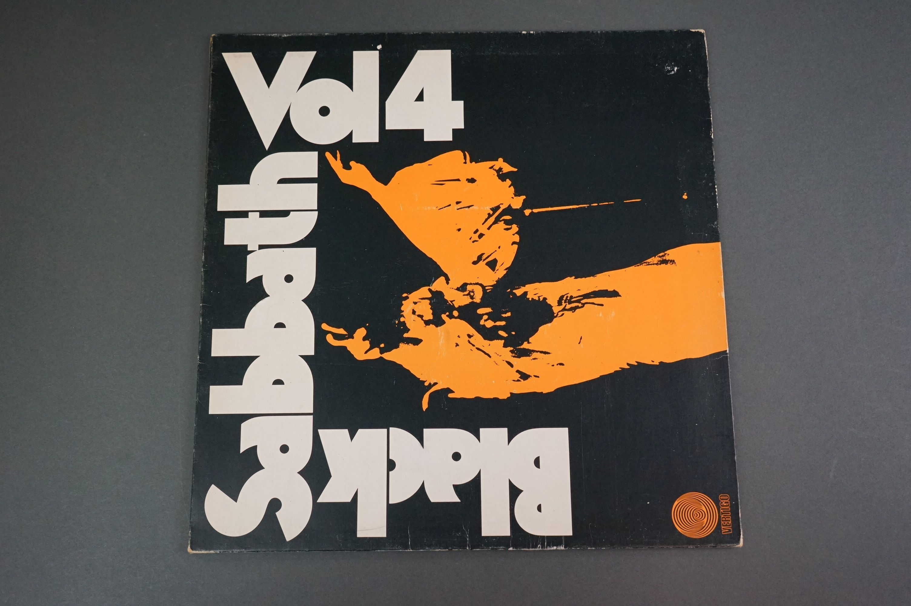 Vinyl - Black Sabbath vol 4 6360071 on Vertigo 1st pressing, no 'made in England' to label, gatefold