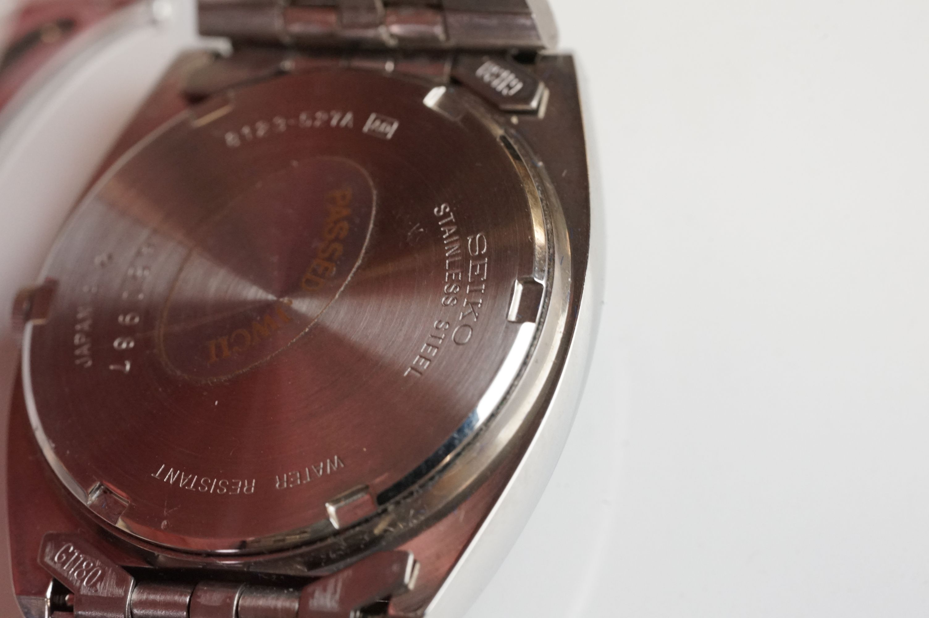 A boxed Seiko SQ gents day / date quartz wristwatch together with another Seiko and a Sekonda. - Image 7 of 8