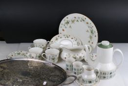 Two boxes of ceramics to include a Royal Doulton 'Strawberry Cream' pattern dinner / tea service.