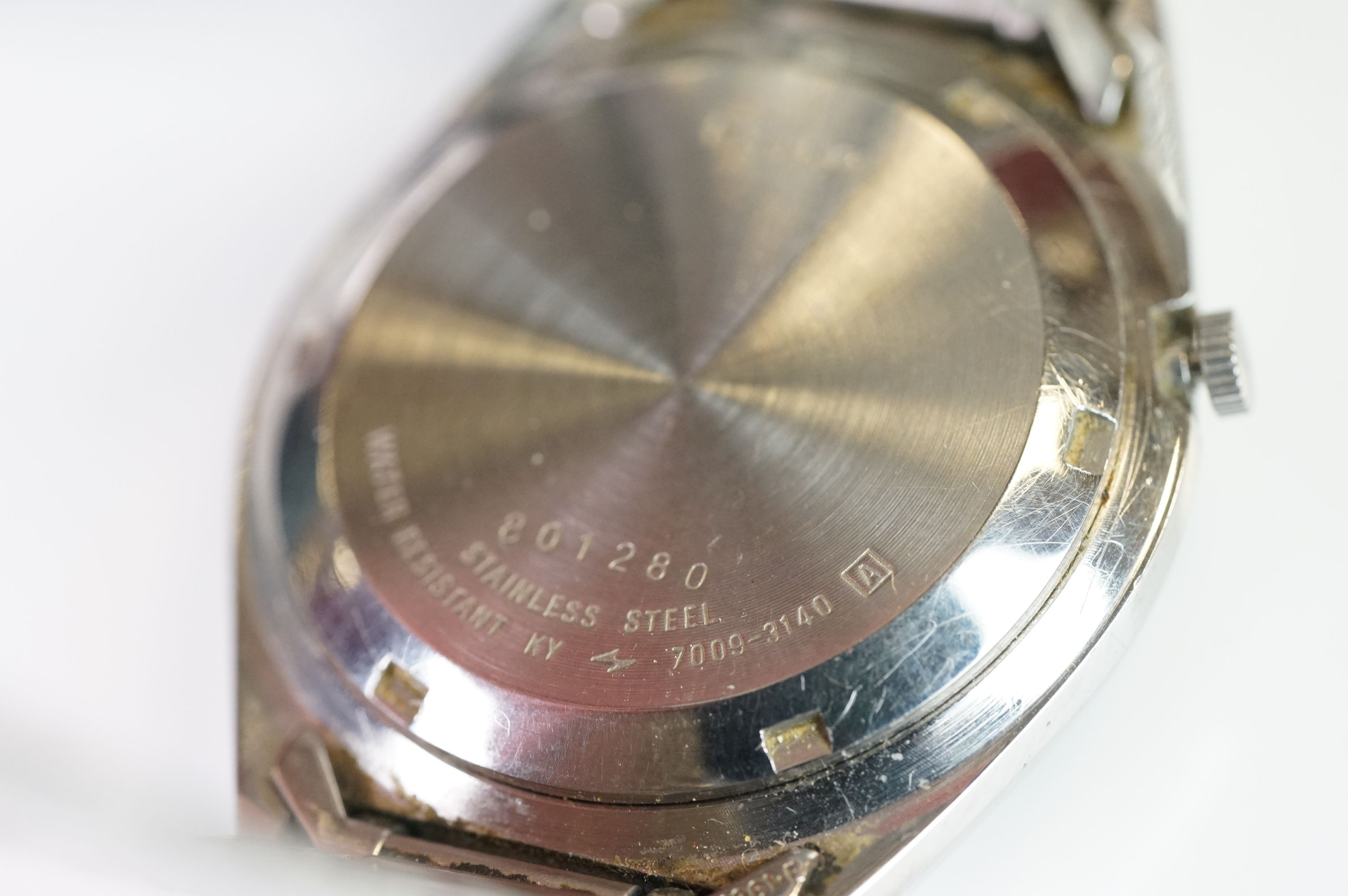 Two vintage Seiko 5 day / date automatic watches. - Image 6 of 15