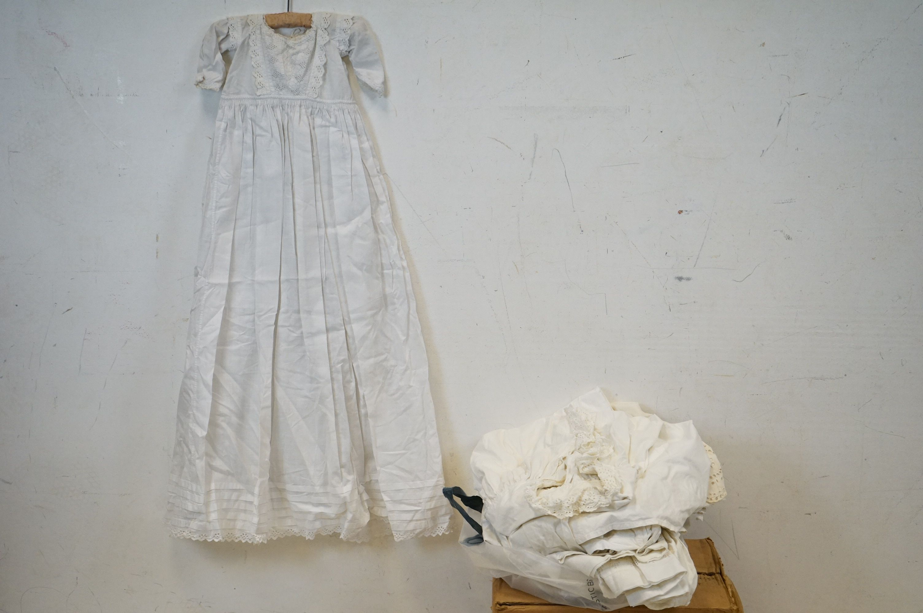 Six items of Victorian / Edwardian White Linen Clothing including Night Dresses, Underskirts and