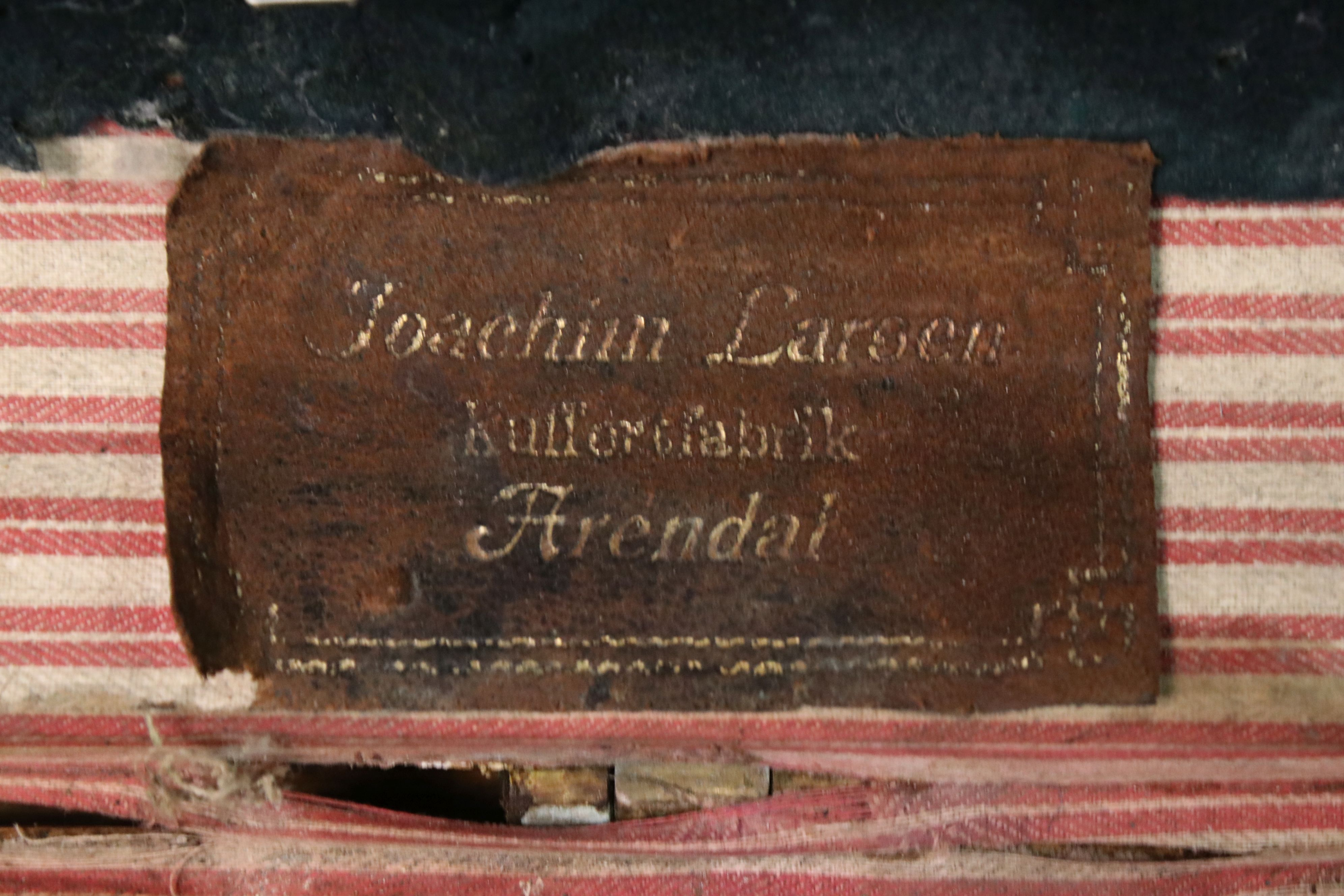 Large vintage pine trunk with brass strapping and locks by Joachim Larsen, Arendal, with leather - Image 5 of 5