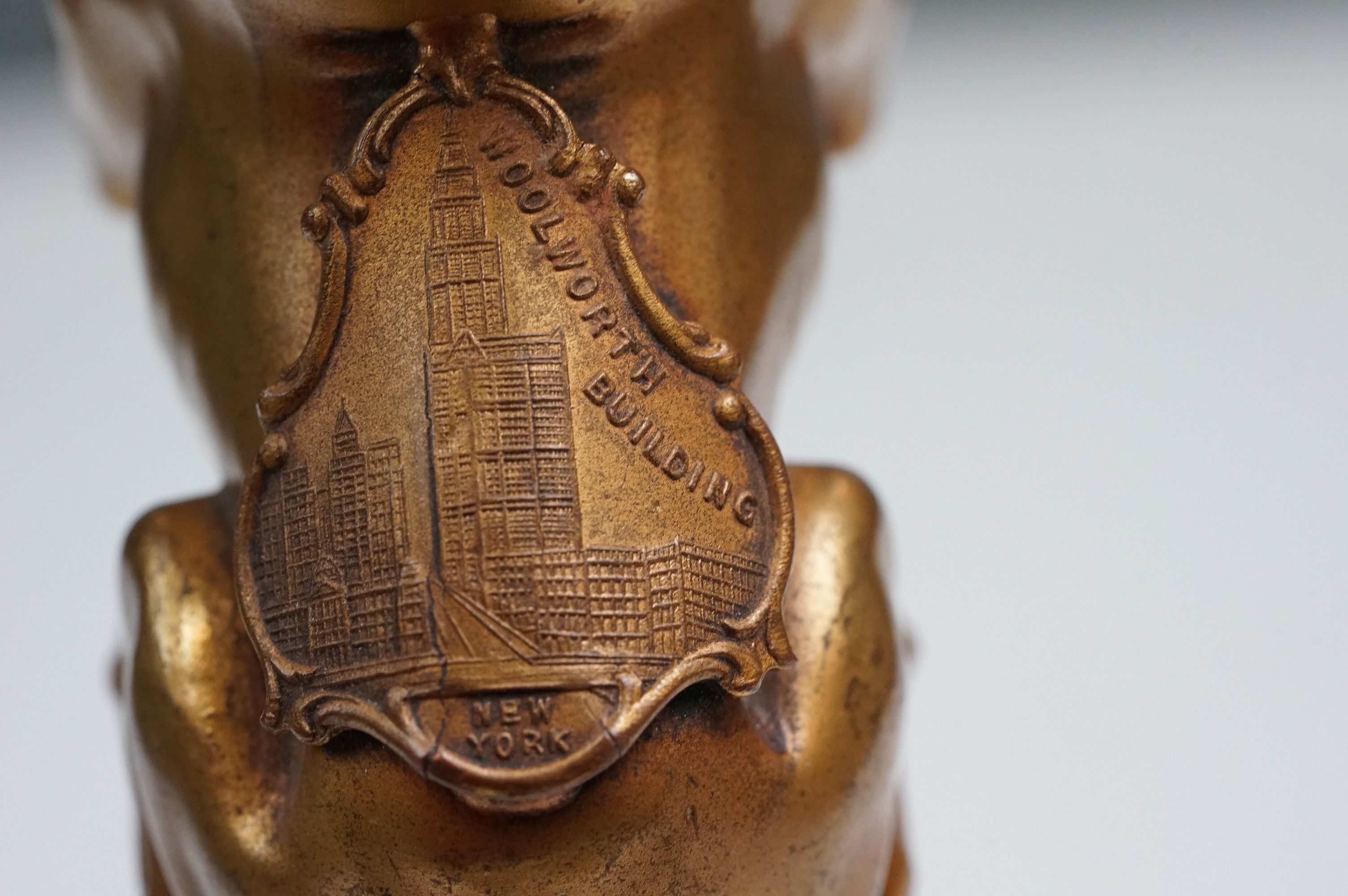 Woolworth Building New York paperweight in the form of a dog with mouth open and Woolworth Buildings - Image 6 of 9