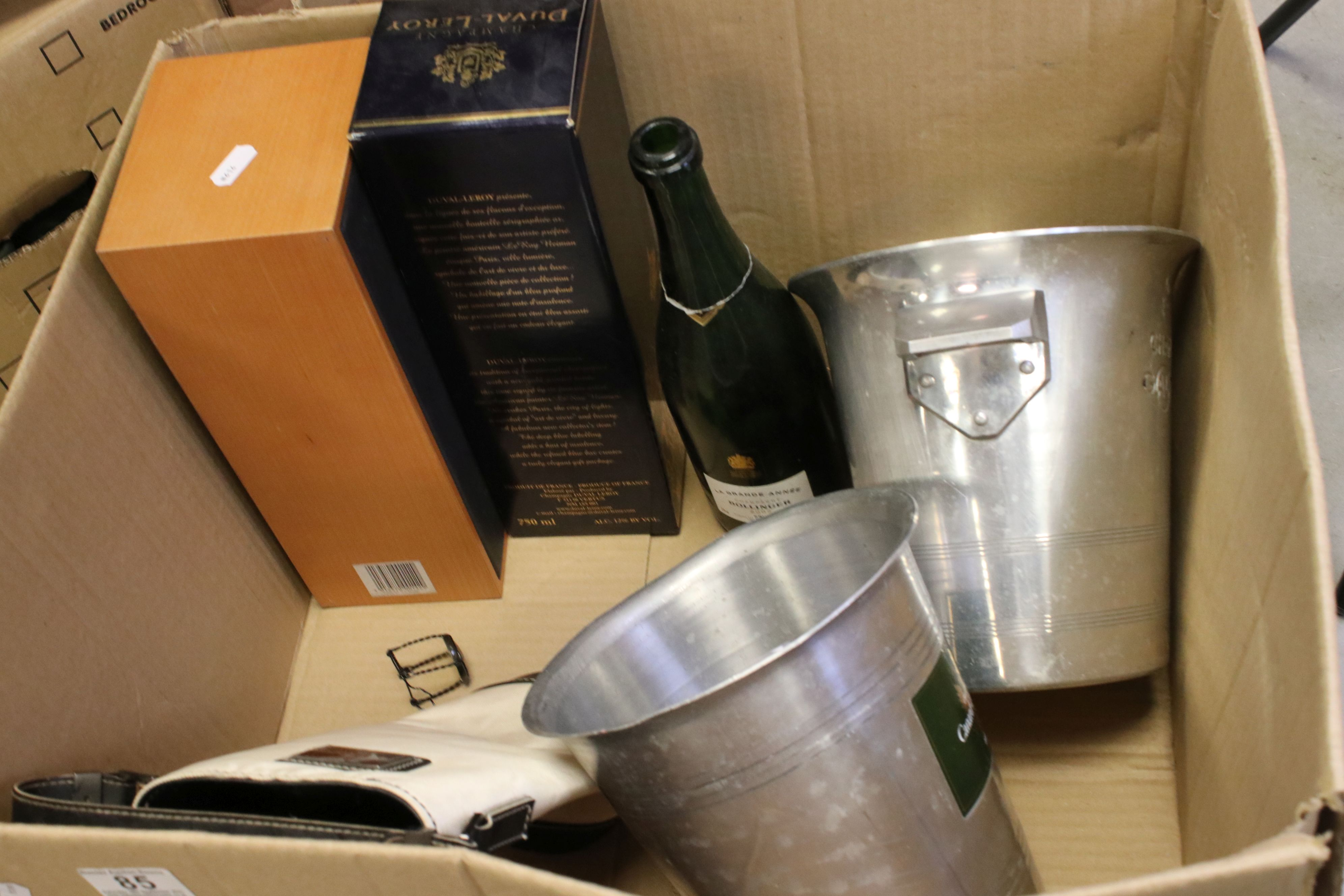 Moet & Chandon Top Hat Ice Bucket together with Five Further Ice Buckets, Moet & Chandon Glass - Image 7 of 8