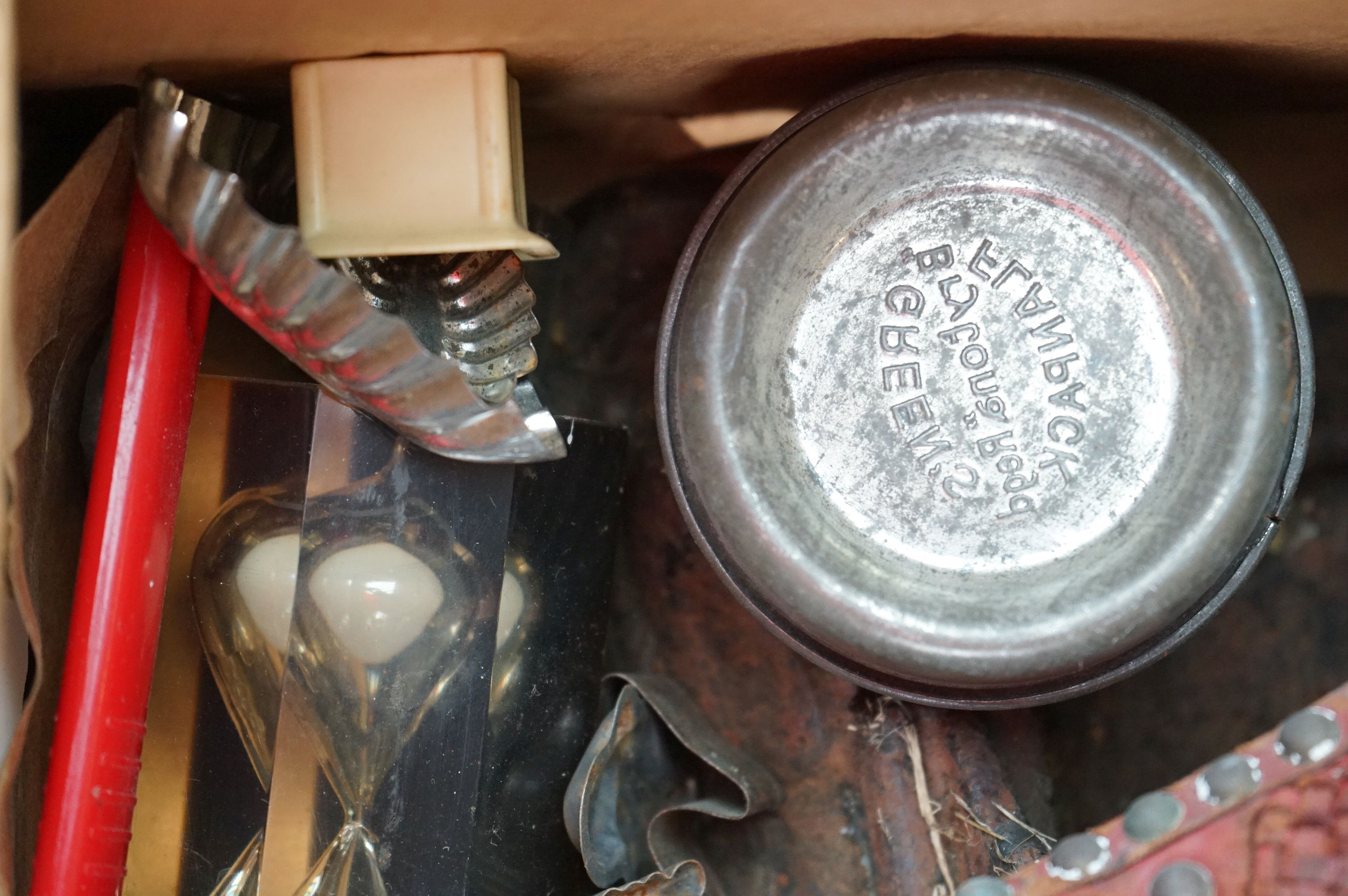 A group of mixed collectables to include a victorian cast iron boot scraper, assorted kitchenalia, - Image 7 of 9