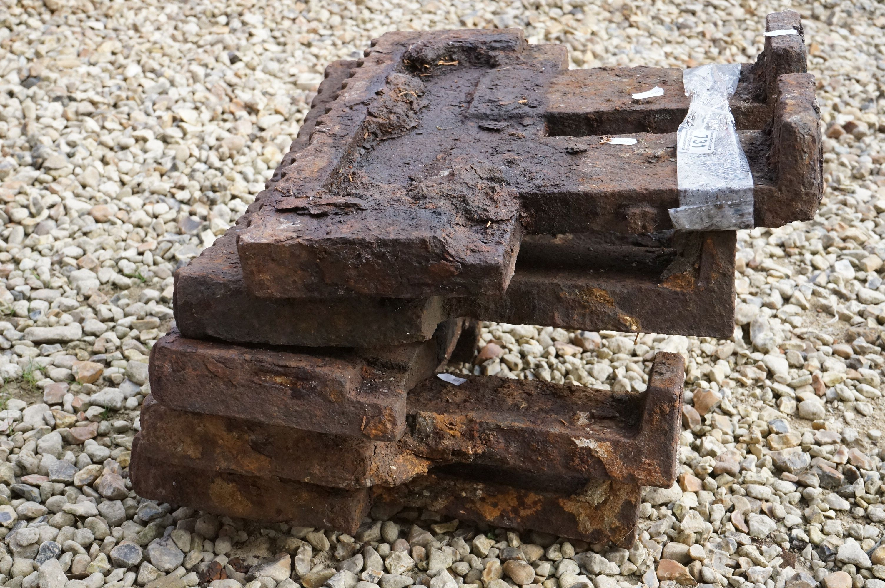 A set of four cast iron railway fittings. - Image 2 of 3