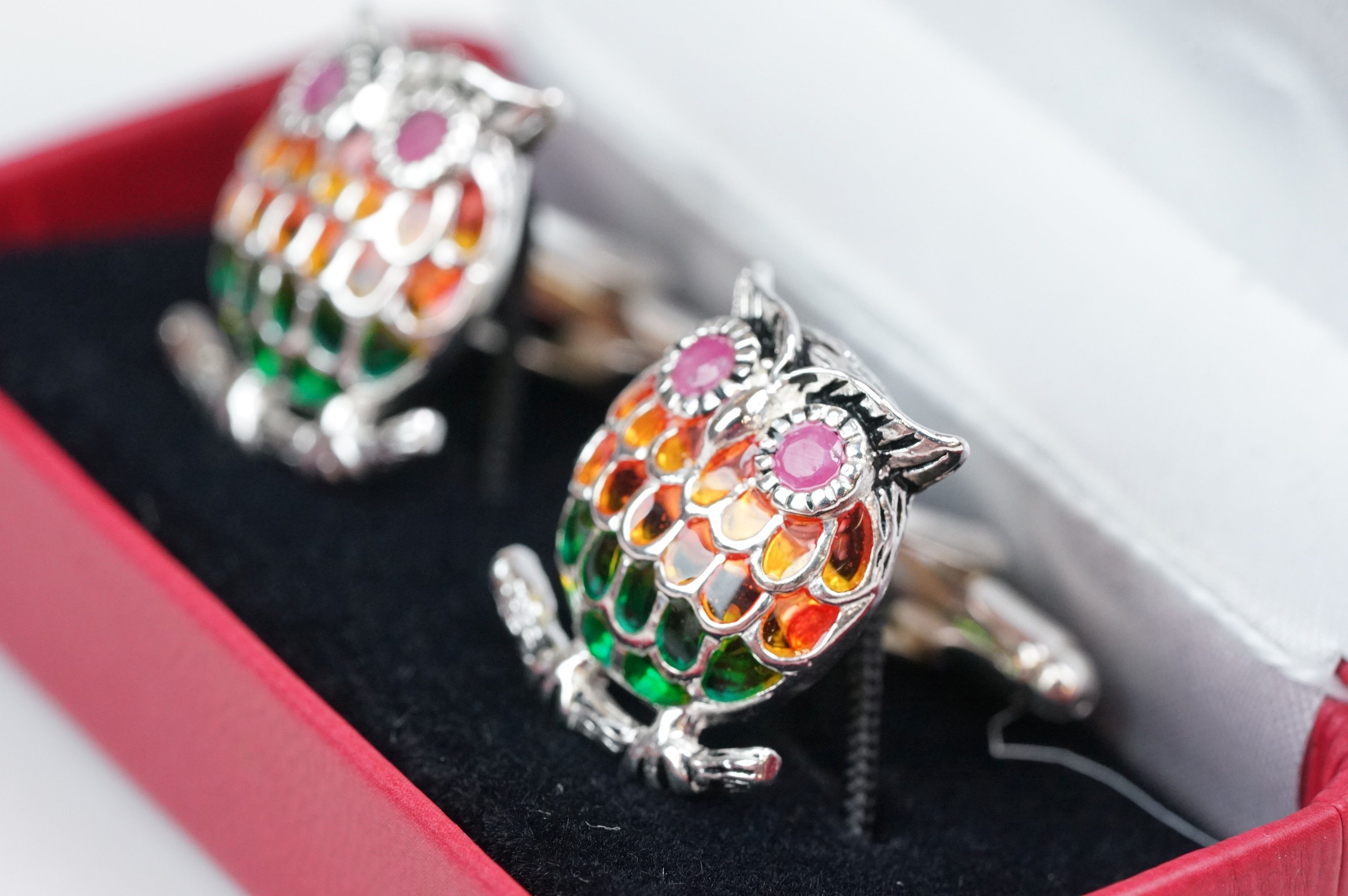 Pair of silver plique-a-jour owl cufflinks, set with ruby eyes - Image 3 of 4