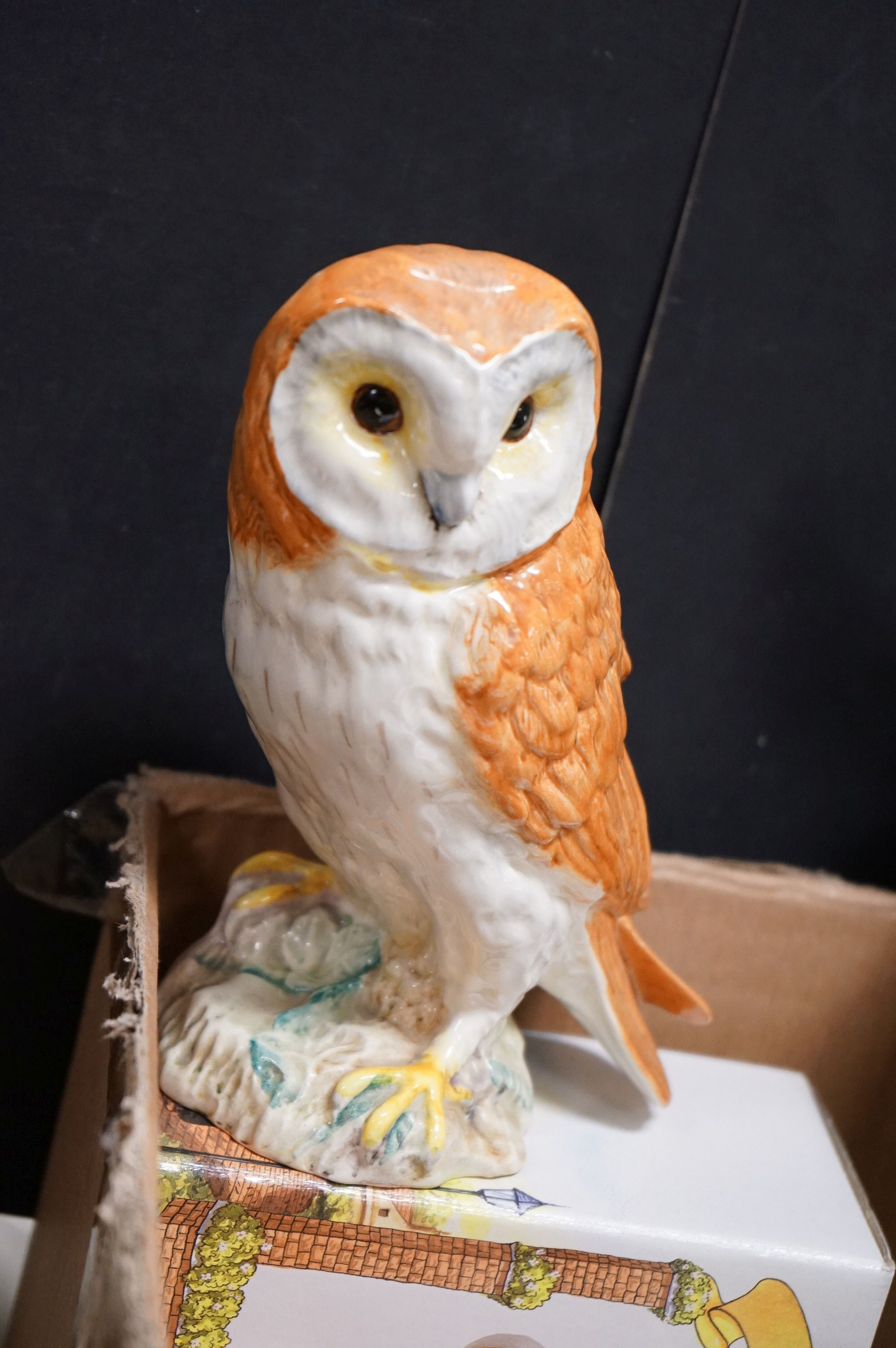 A very large collection of boxed and loose owl ornaments to include the Leonardo Collection and a - Image 4 of 8