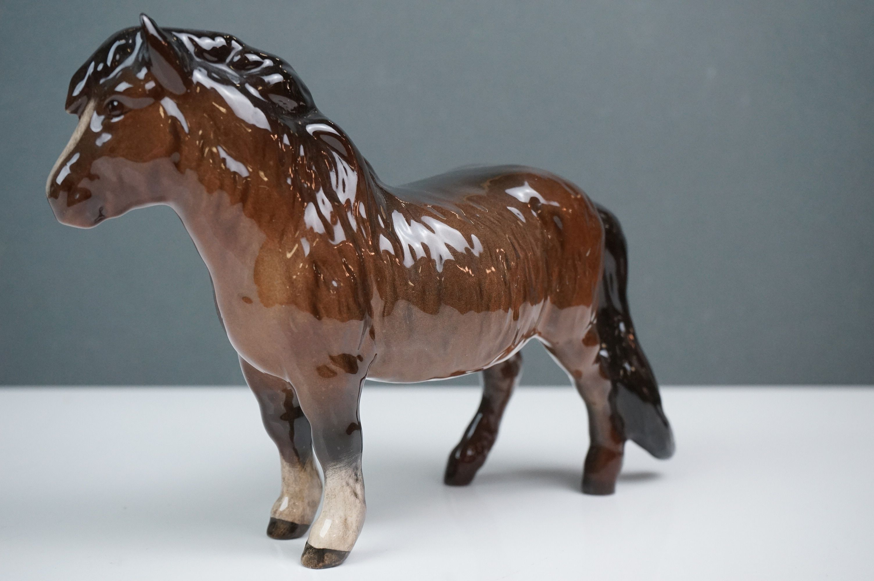 Two Beswick Woolly Shetland Mare Ponies (no. 1033) in Brown and Dapple Grey - Image 6 of 10