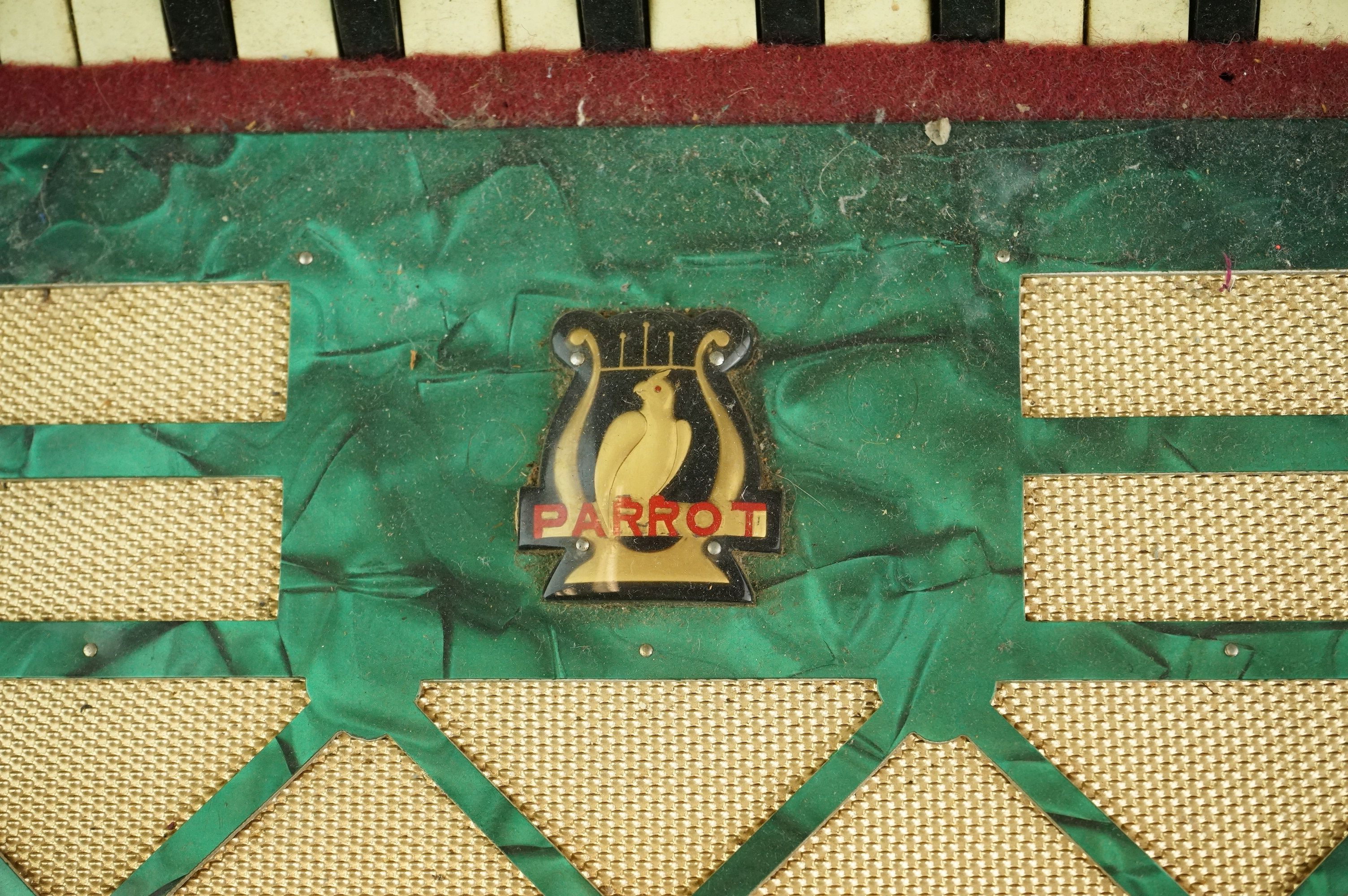 A vintage Parrot Accordion in green in original fitted case. - Image 6 of 10