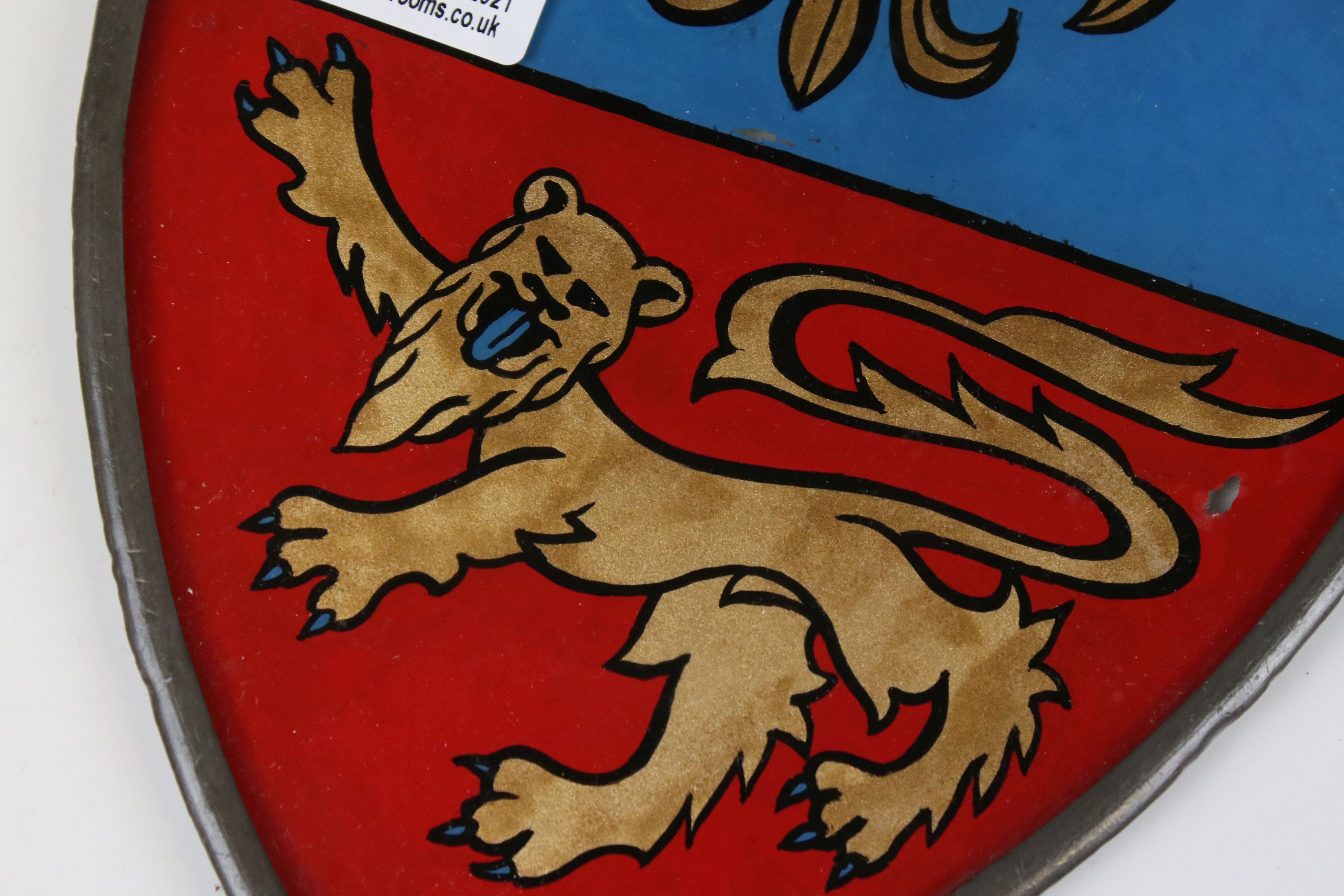 Pair of Heraldic Stained Glass Panels reverse painted with Fleur De Lys and Lions, contained in - Image 3 of 4