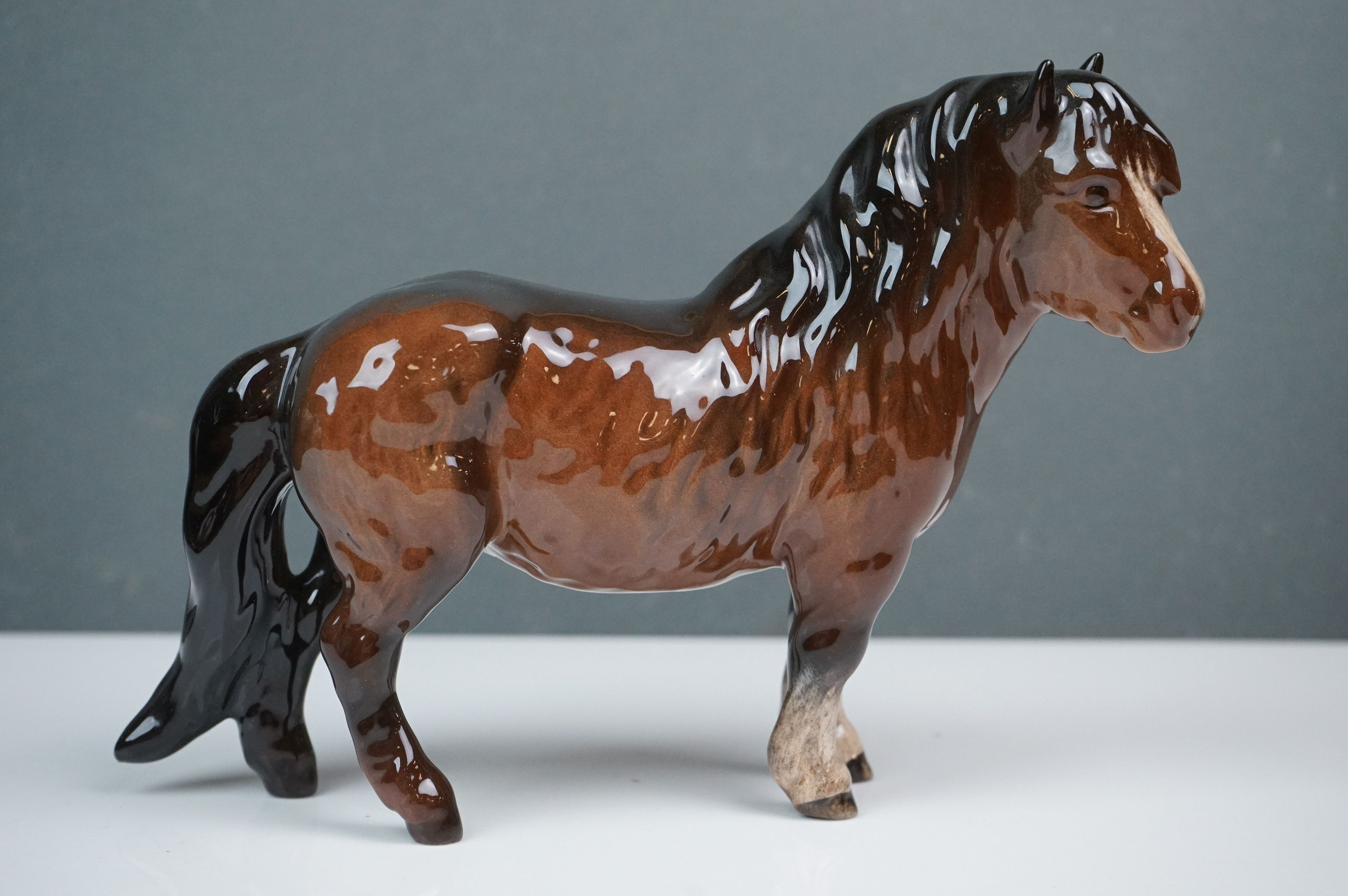 Two Beswick Woolly Shetland Mare Ponies (no. 1033) in Brown and Dapple Grey - Image 7 of 10