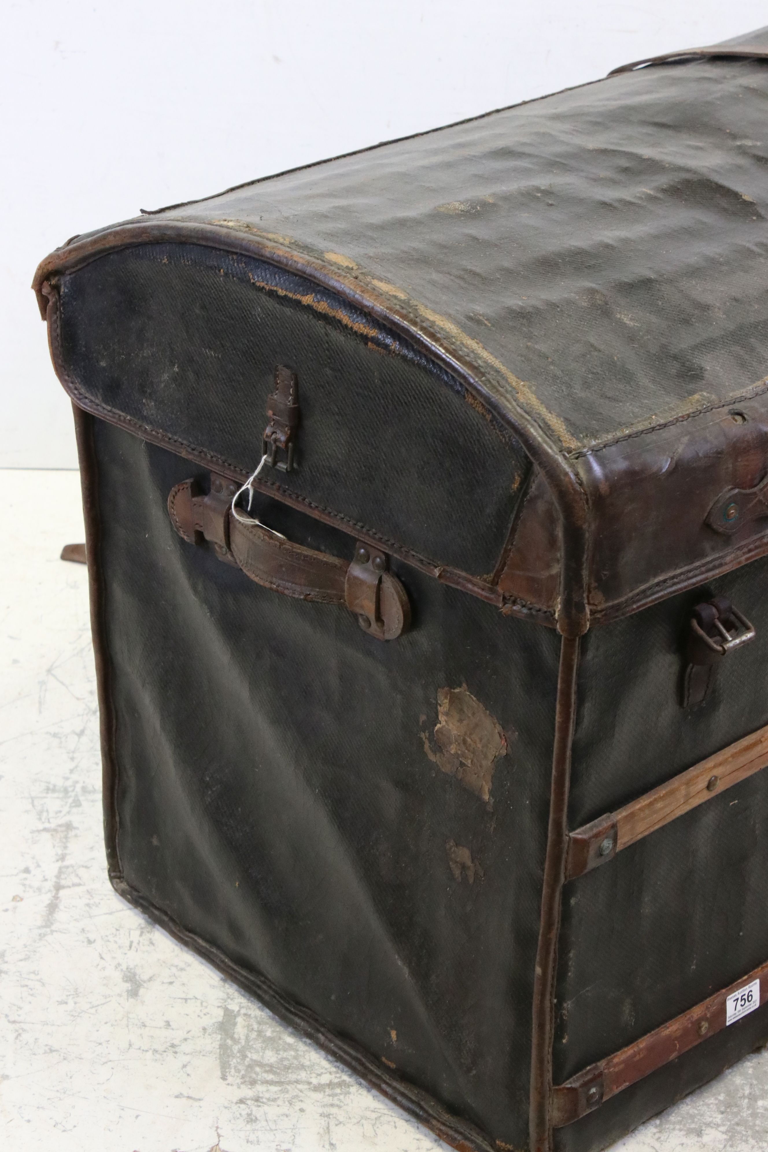 19th century Domed Top Wicker Leather Bound Travelling Trunk with Drop-in Tray, 82cms long x 66cms - Image 5 of 7