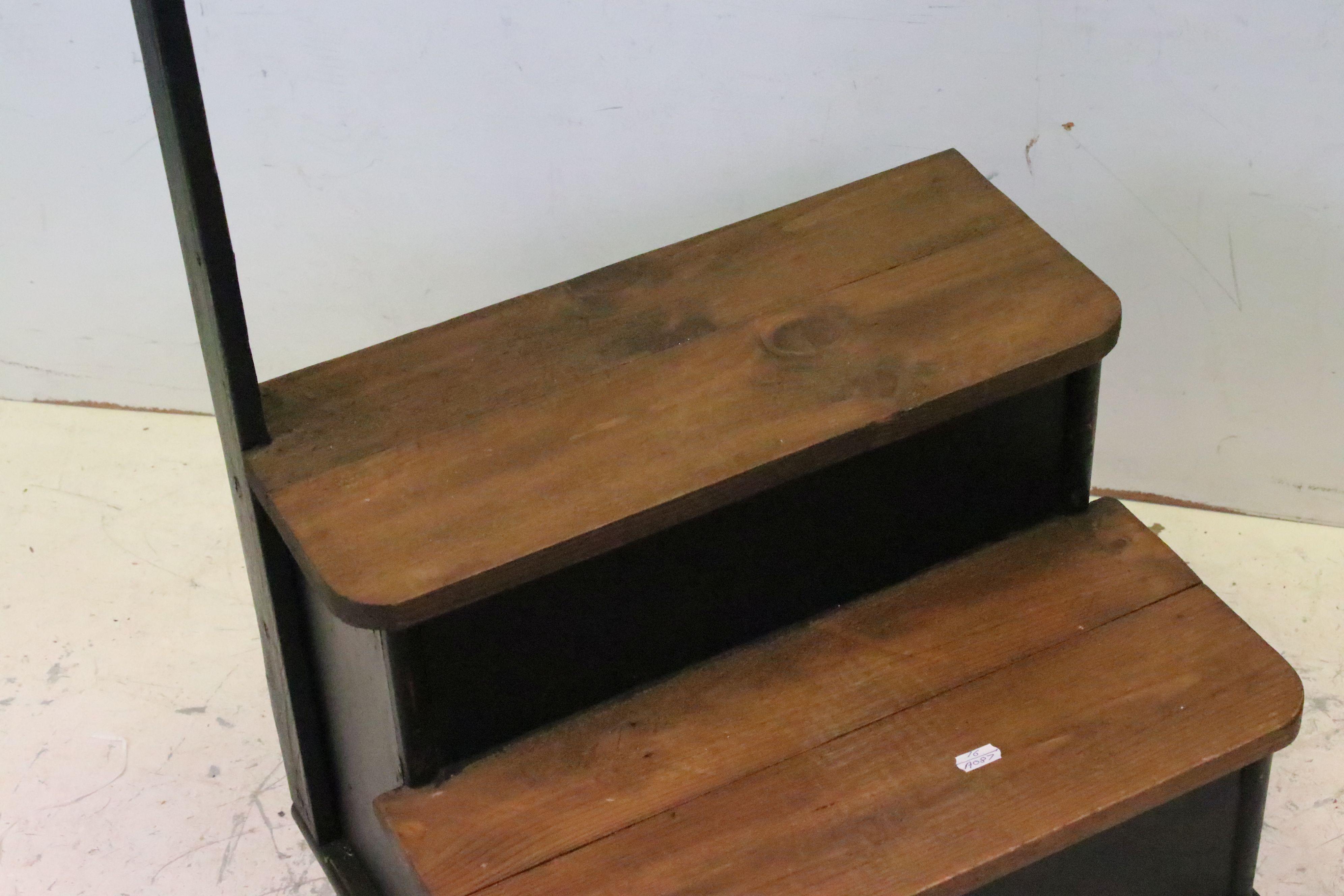 Set of pine dresser library steps - Image 3 of 3