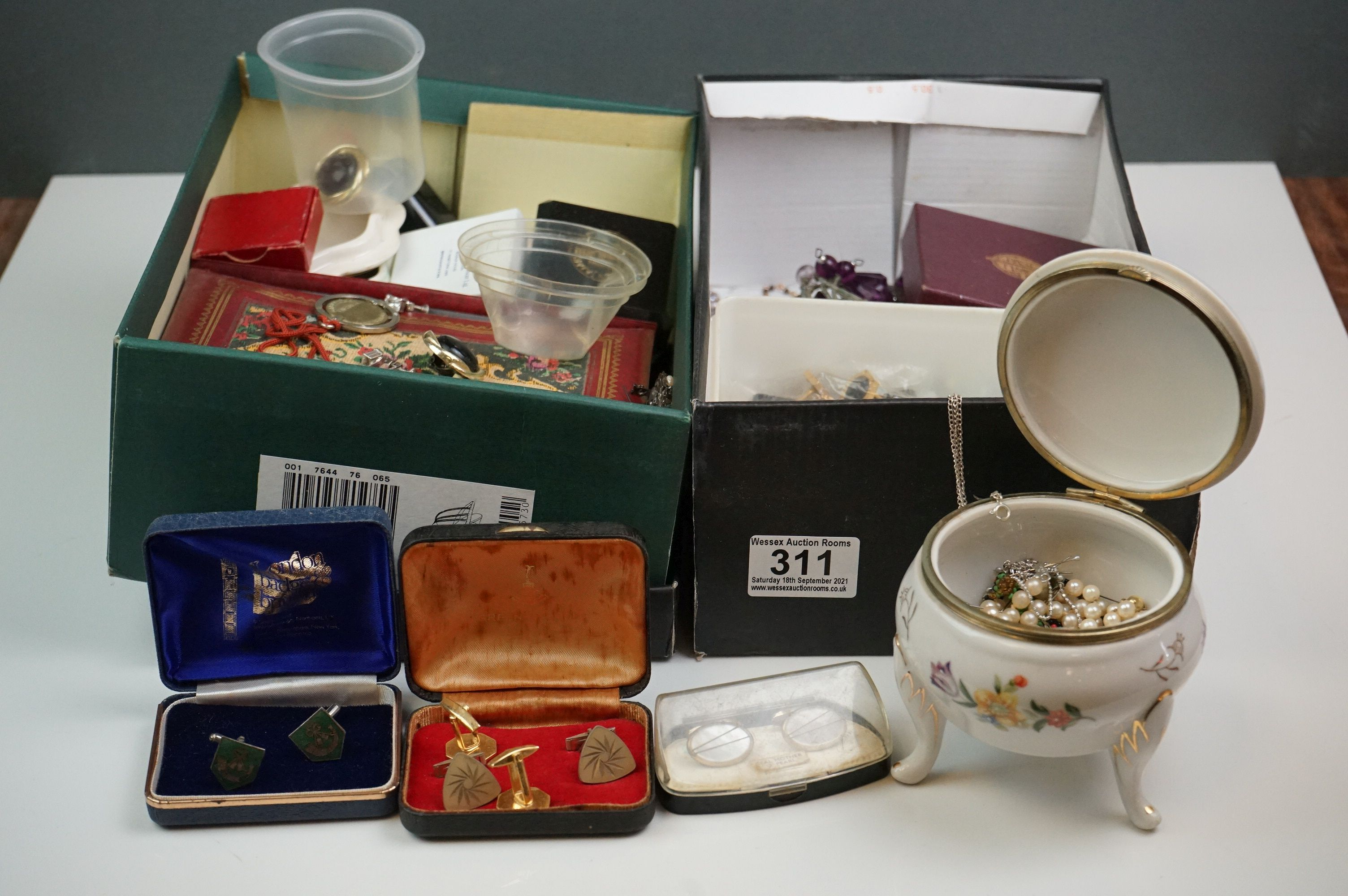 A collection of mainly vintage costume jewellery to include rings, earrings and bracelets.